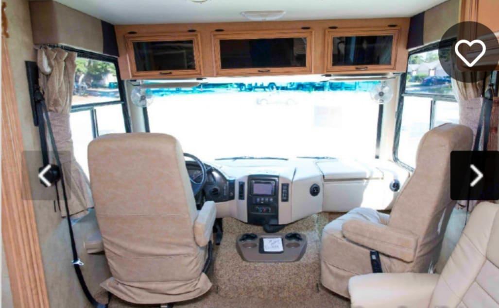 Pilot and co-pilot area. Thor Motor Coach Four Winds 2011