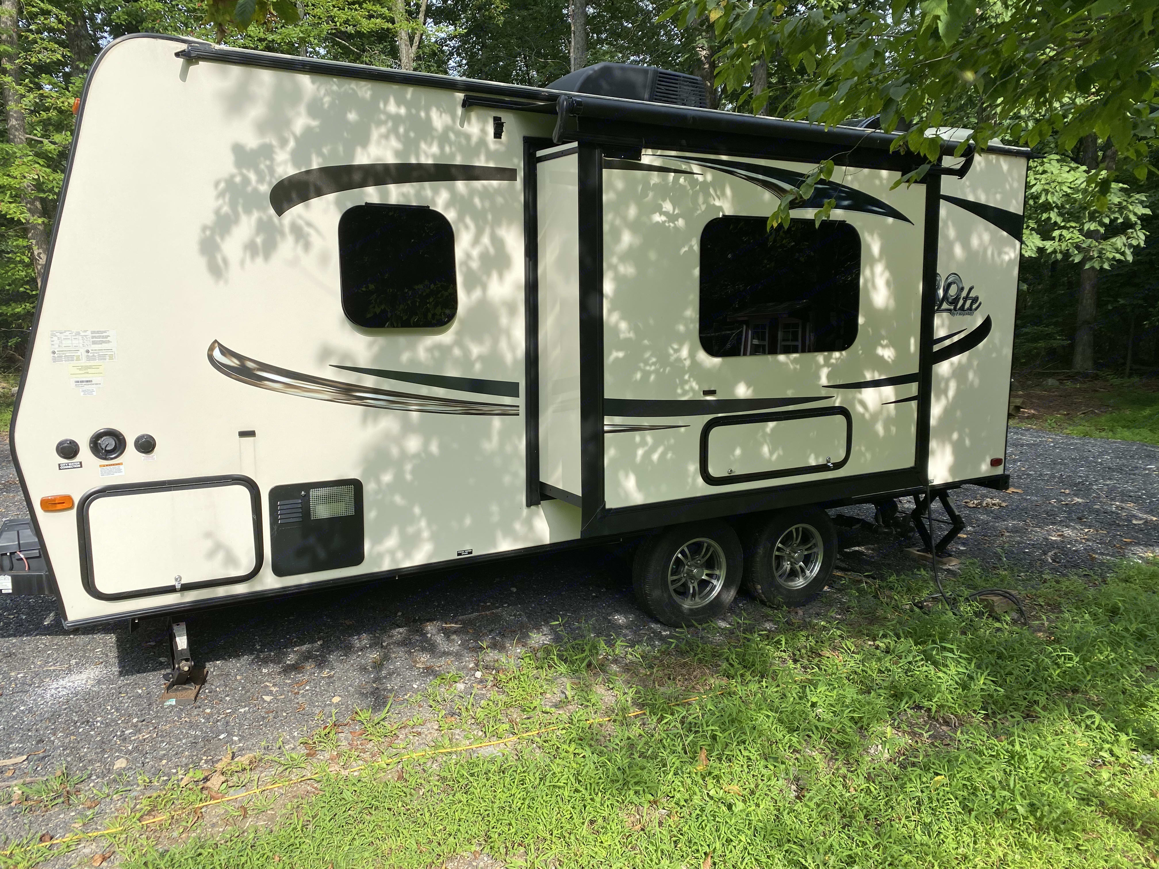 Side view with slide out for extra room. Micro lite Flagstaff 2017