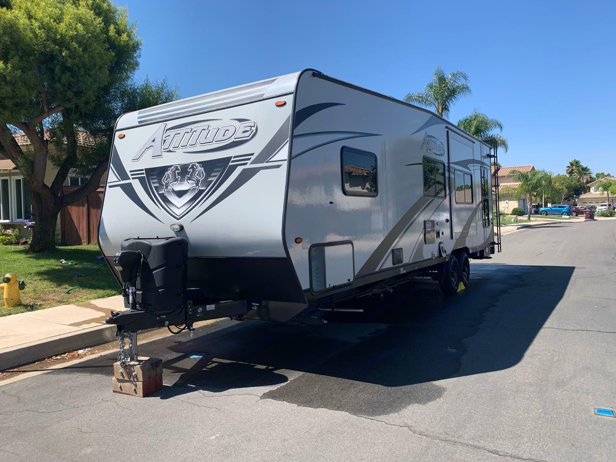 Eclipse Recreational Vehicles Attitude 2019