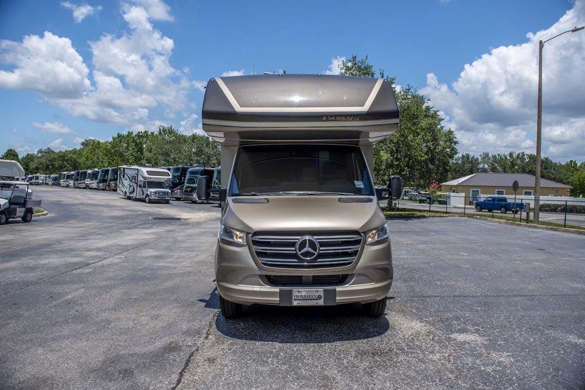 Mercedes Benz ISATA 3 BY DYNAMAX 2021