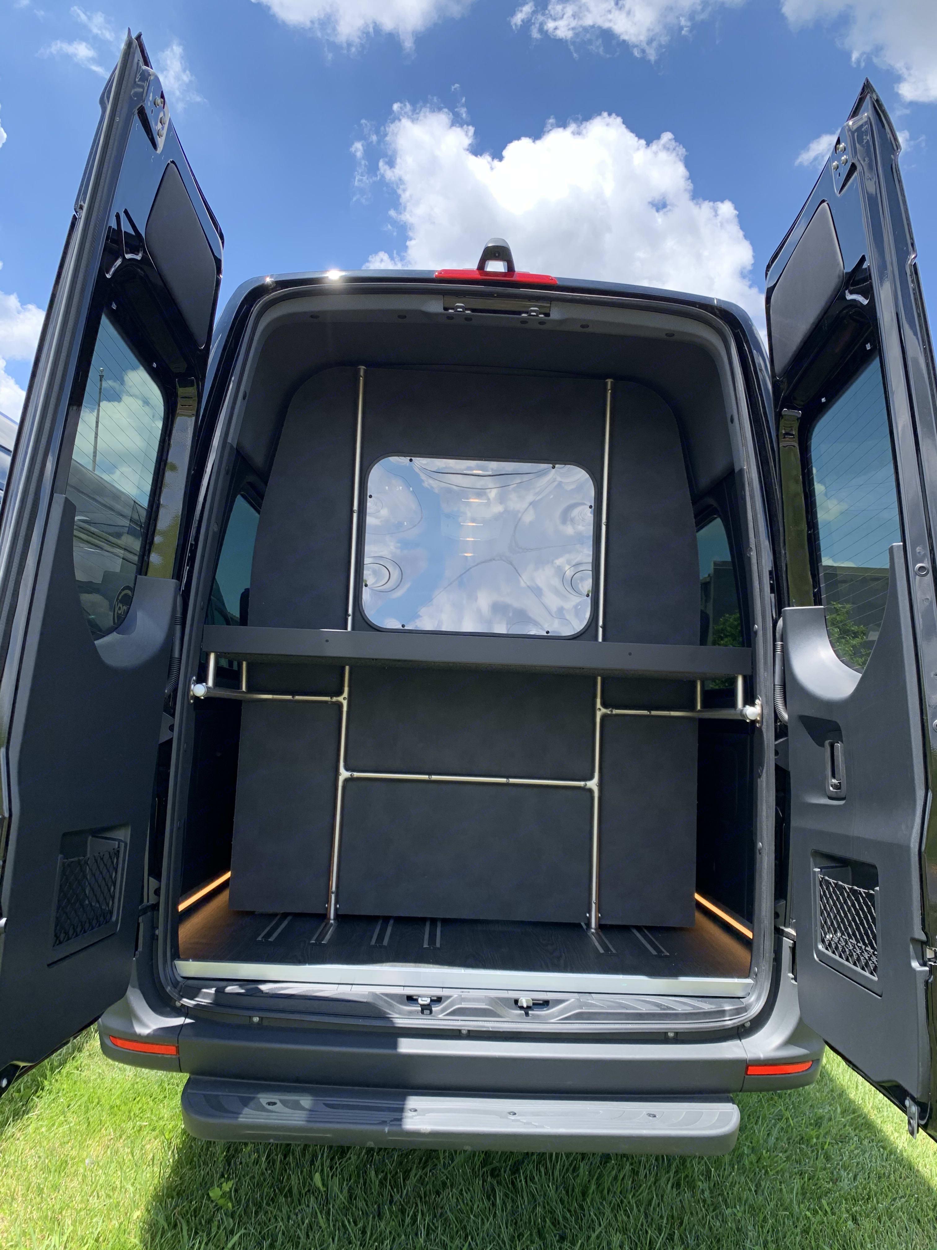 Separate Storage Compartment. Mercedes-Benz Sprinter 2019