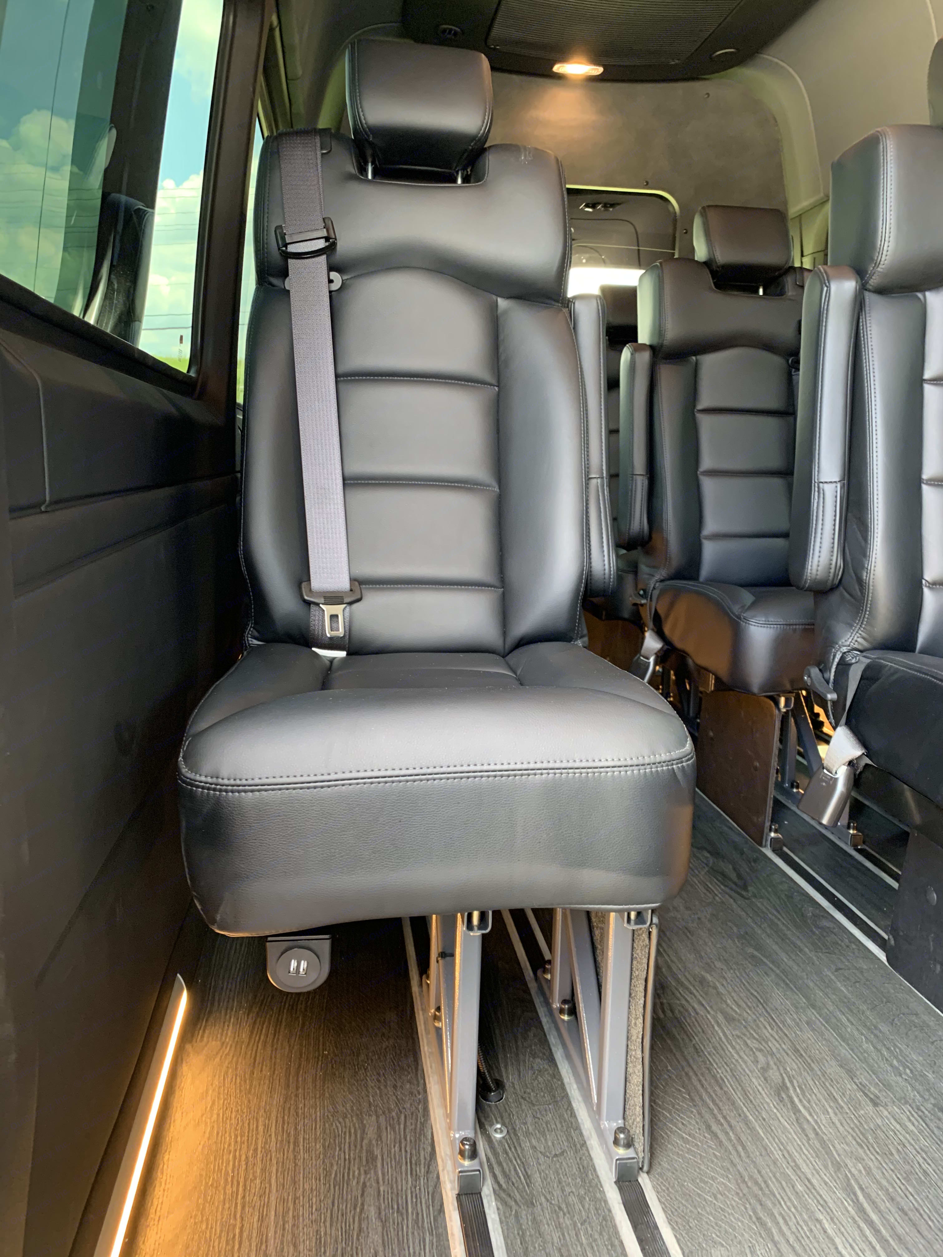 USB charger for EVERYONE!. Mercedes-Benz Sprinter 2019