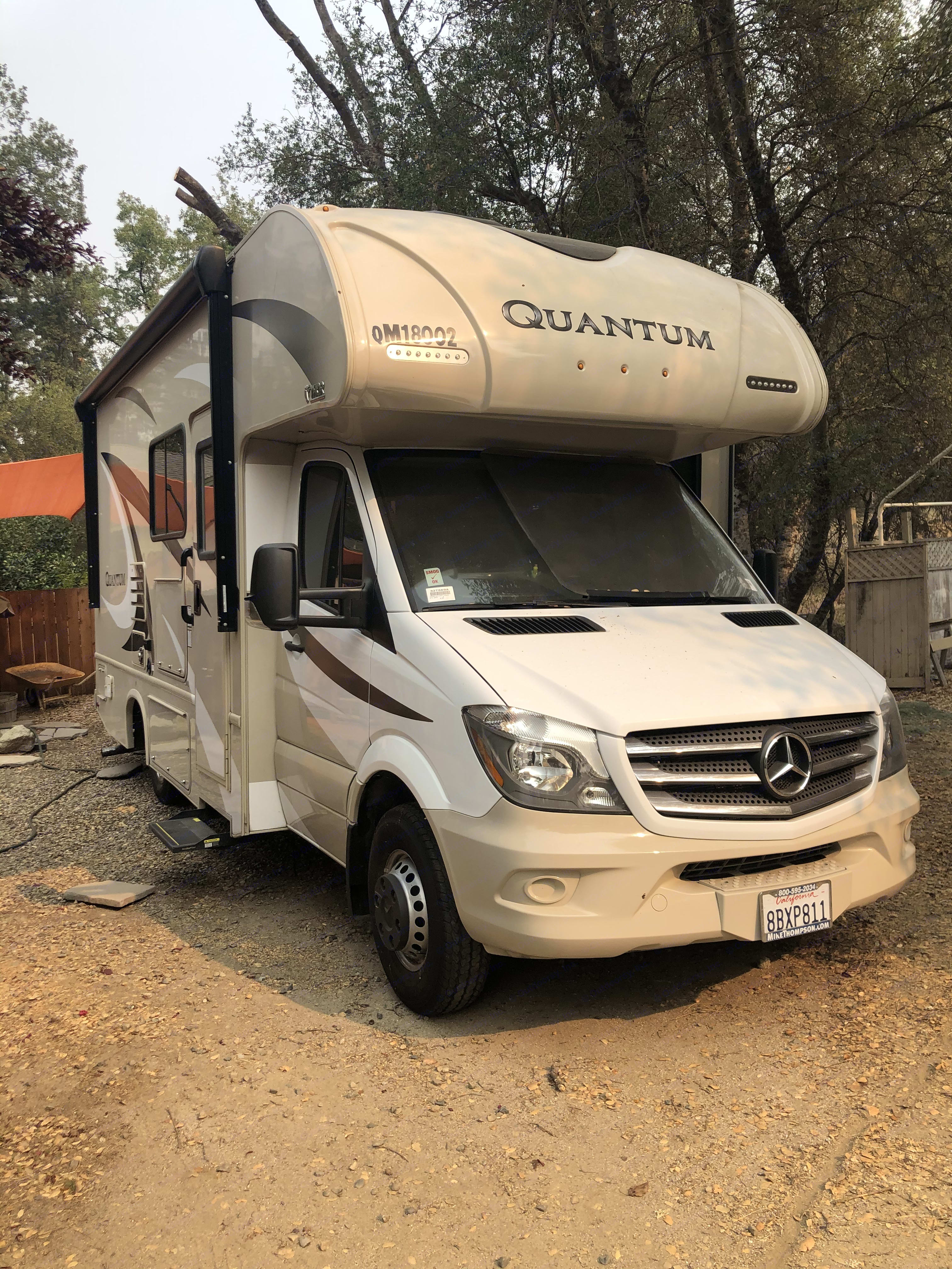 Mercedes. Thor Motor Coach Quantum 2017