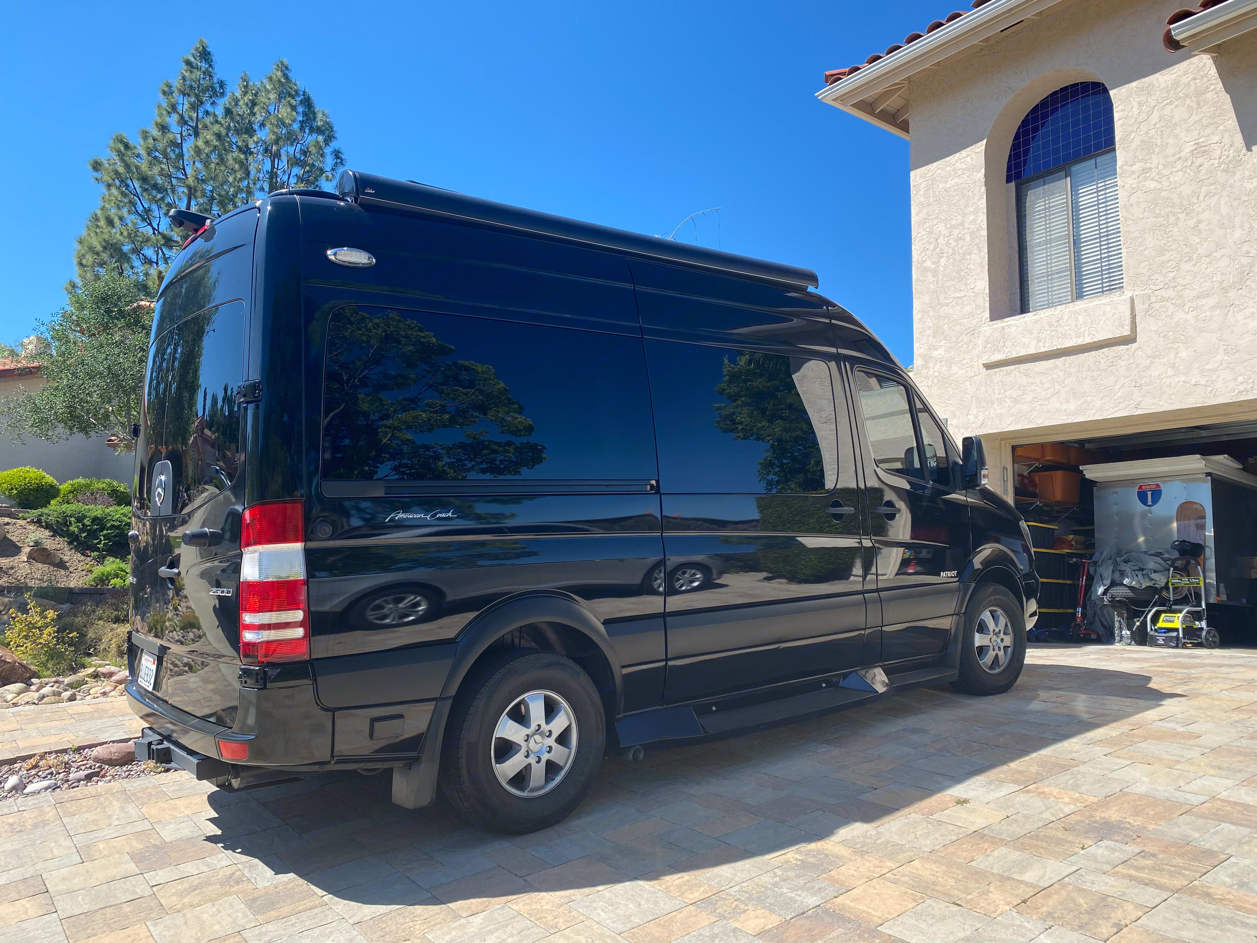 Automatic Awning with LED lights!. Mercedes-Benz Sprinter 2019