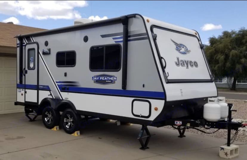 additional storage that you can get to from outside, that locks.. Jayco Jay Feather 2018