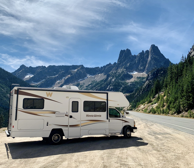RV in the North Cascades. Winnebago Minnie Winnie 2014