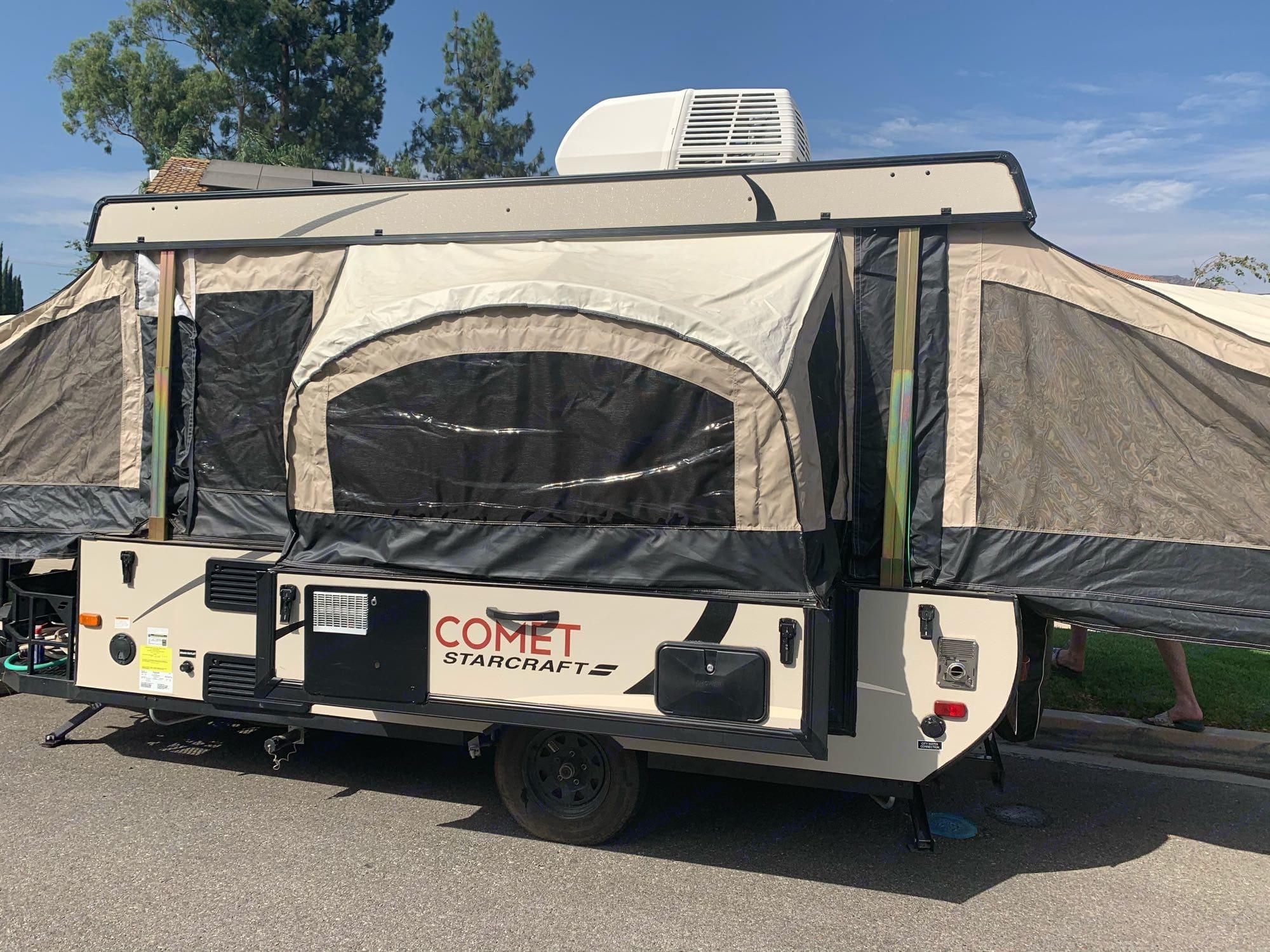 Back side of trailer fully extended.. Starcraft Comet 2016