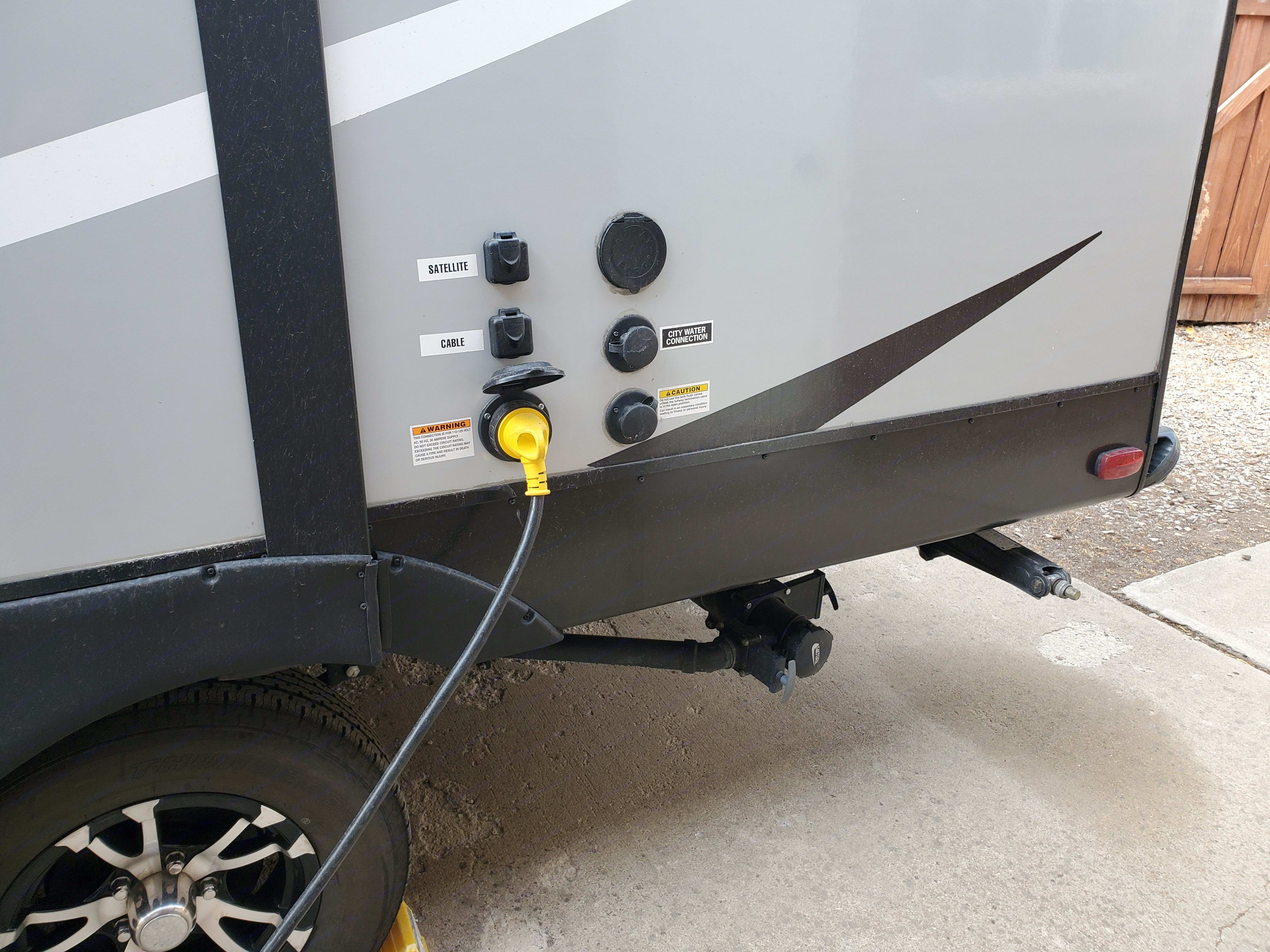 30 amp hookup along with city water and spray hose.. Cruiser Rv Corp Shadow Cruiser 2019