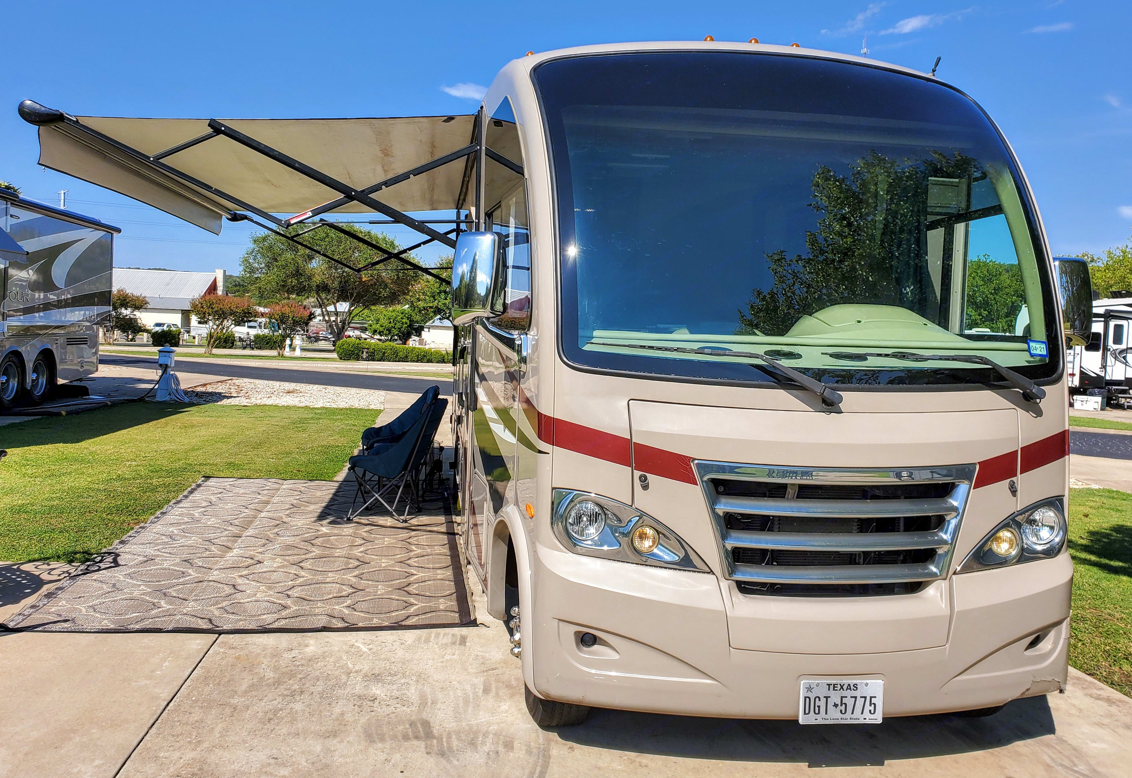 Meet Max -- The just-right-size guy for touring the country or enjoying the fabulous Texas Hill Country.. Thor Motor Coach Axis 2015