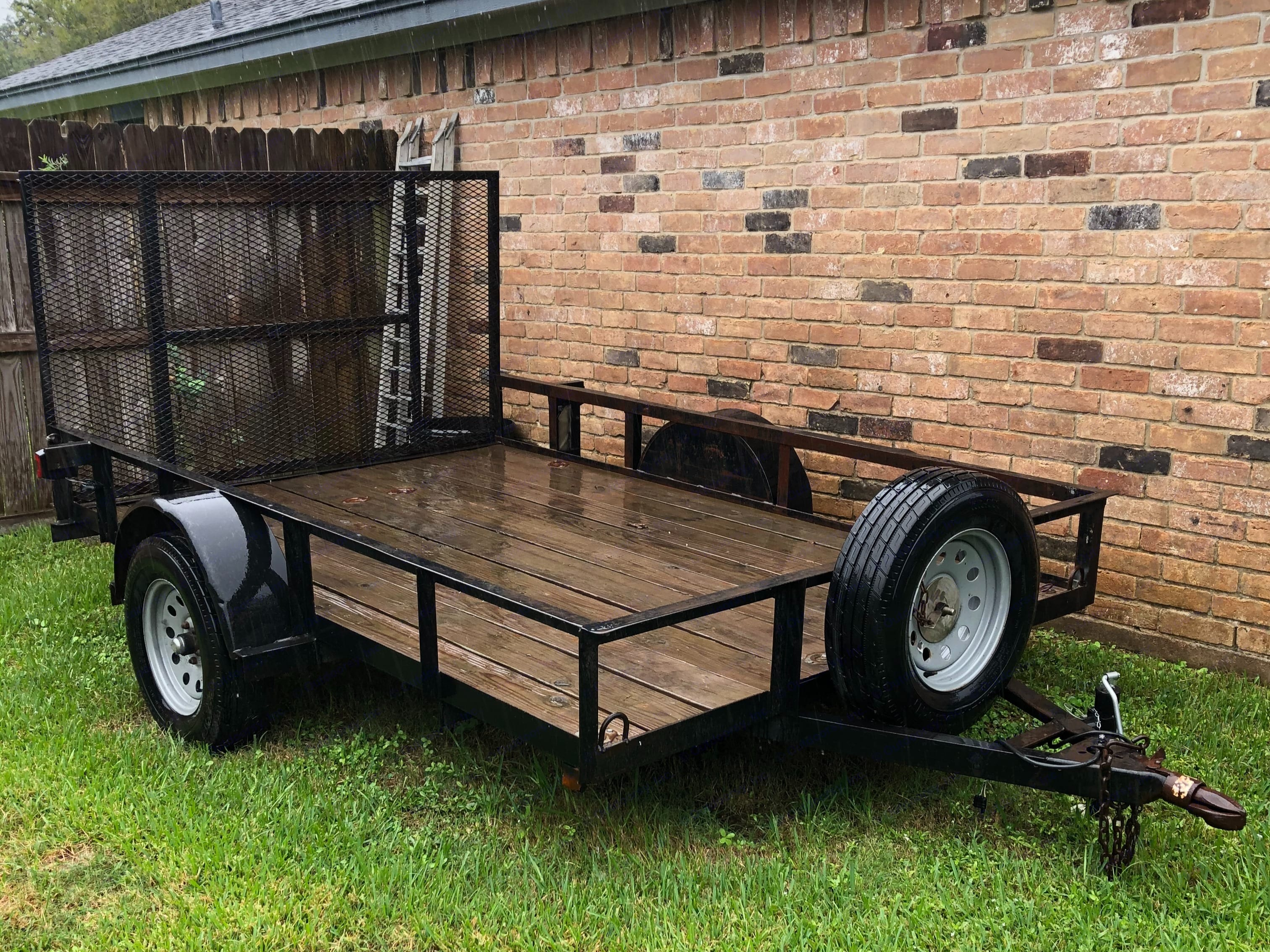 Top Hat Utility Trailer 2002