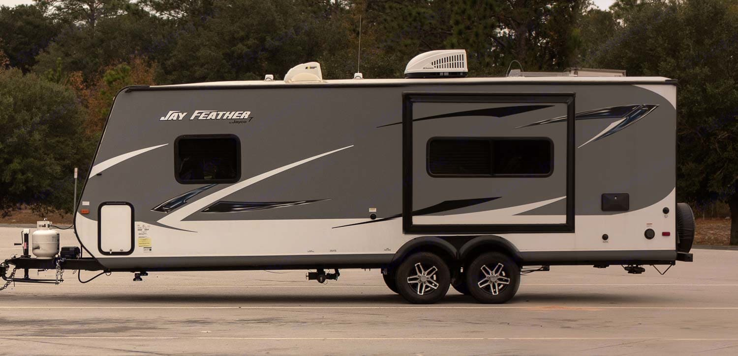 outside view. Jayco Jay Feather 2017