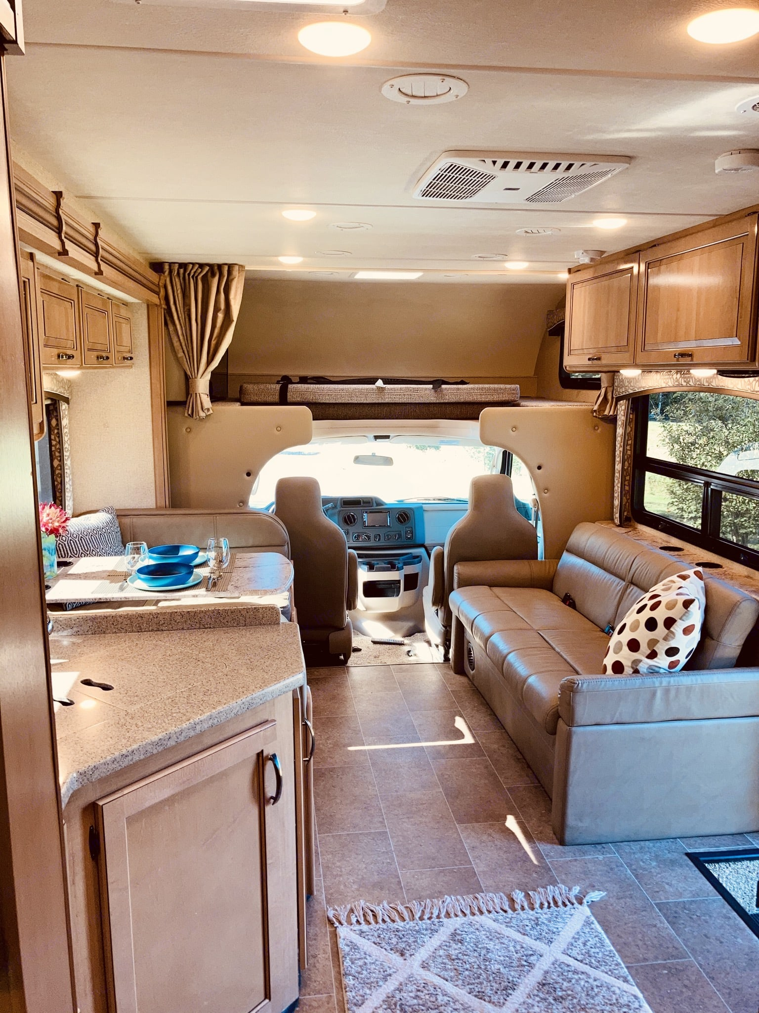 Large living space... and notice the large queen size bed over the driver's area.. Thor Motor Coach Chateau 2018