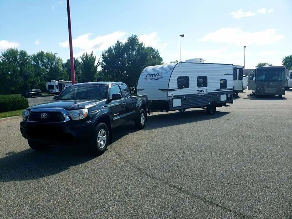 Easily towable with hitch stabilizer for safe towing . Forest River Navi 16Bh Prime 2019