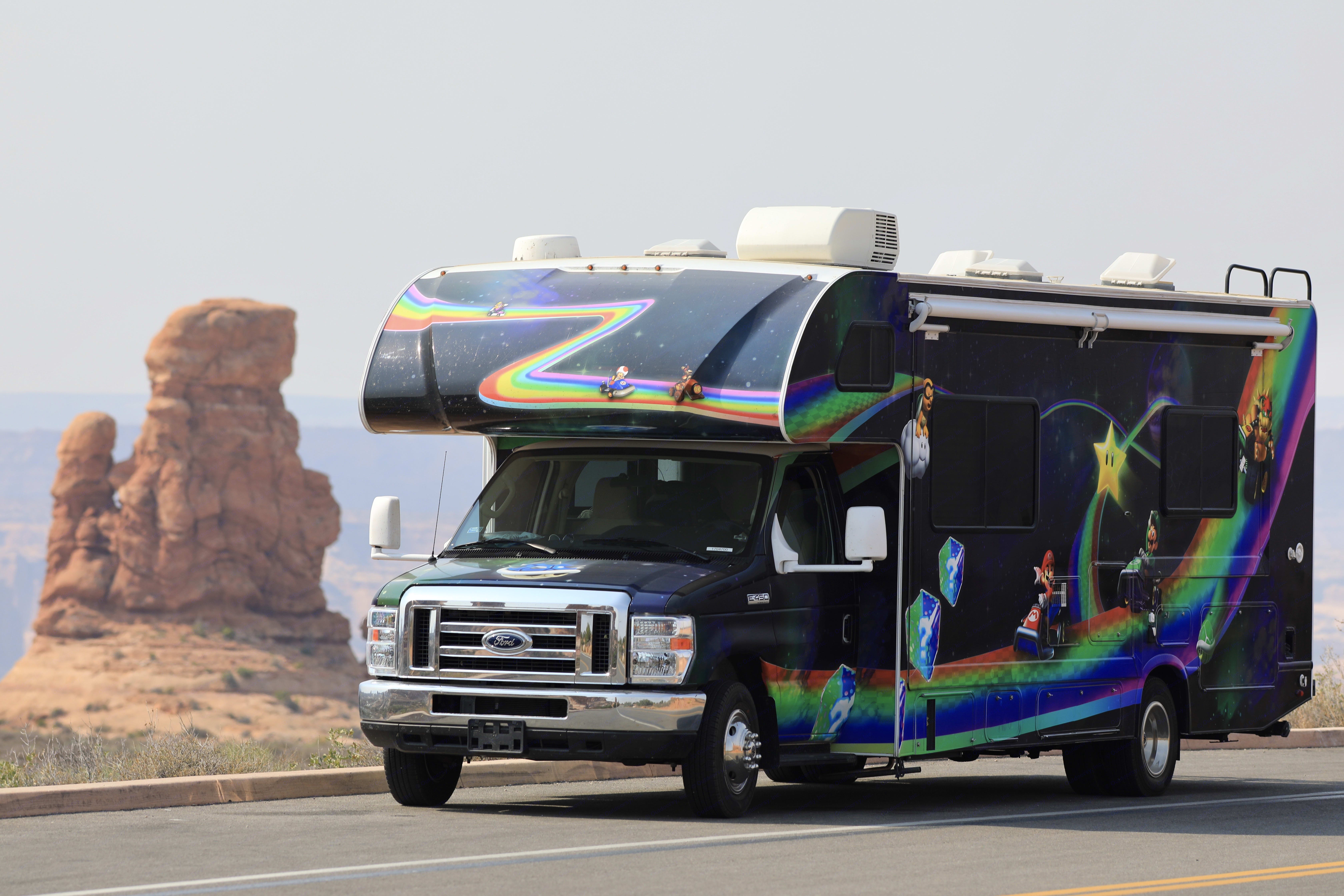 And best of all, folks LOVE the joy the wrap brings. Why not bring a smile to folks' faces, especially your children's. :-). Thor Motor Coach Daybreak 2020
