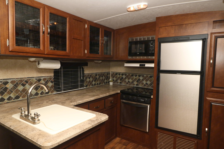 HUGE kitchen!. Forrest River Vibe 2016