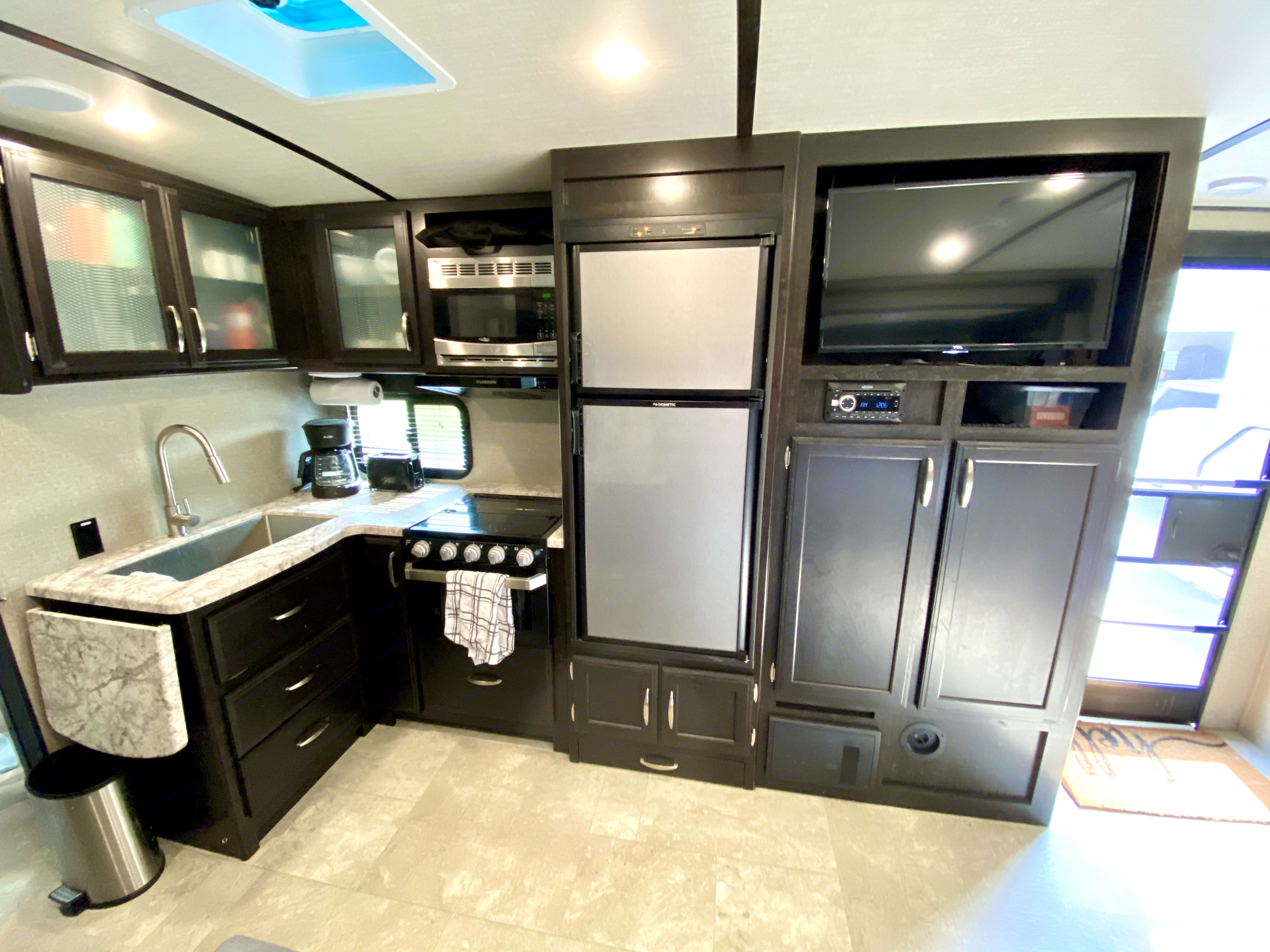 Kitchen fully stocked for all your cooking needs.. Grand Design Other 2019