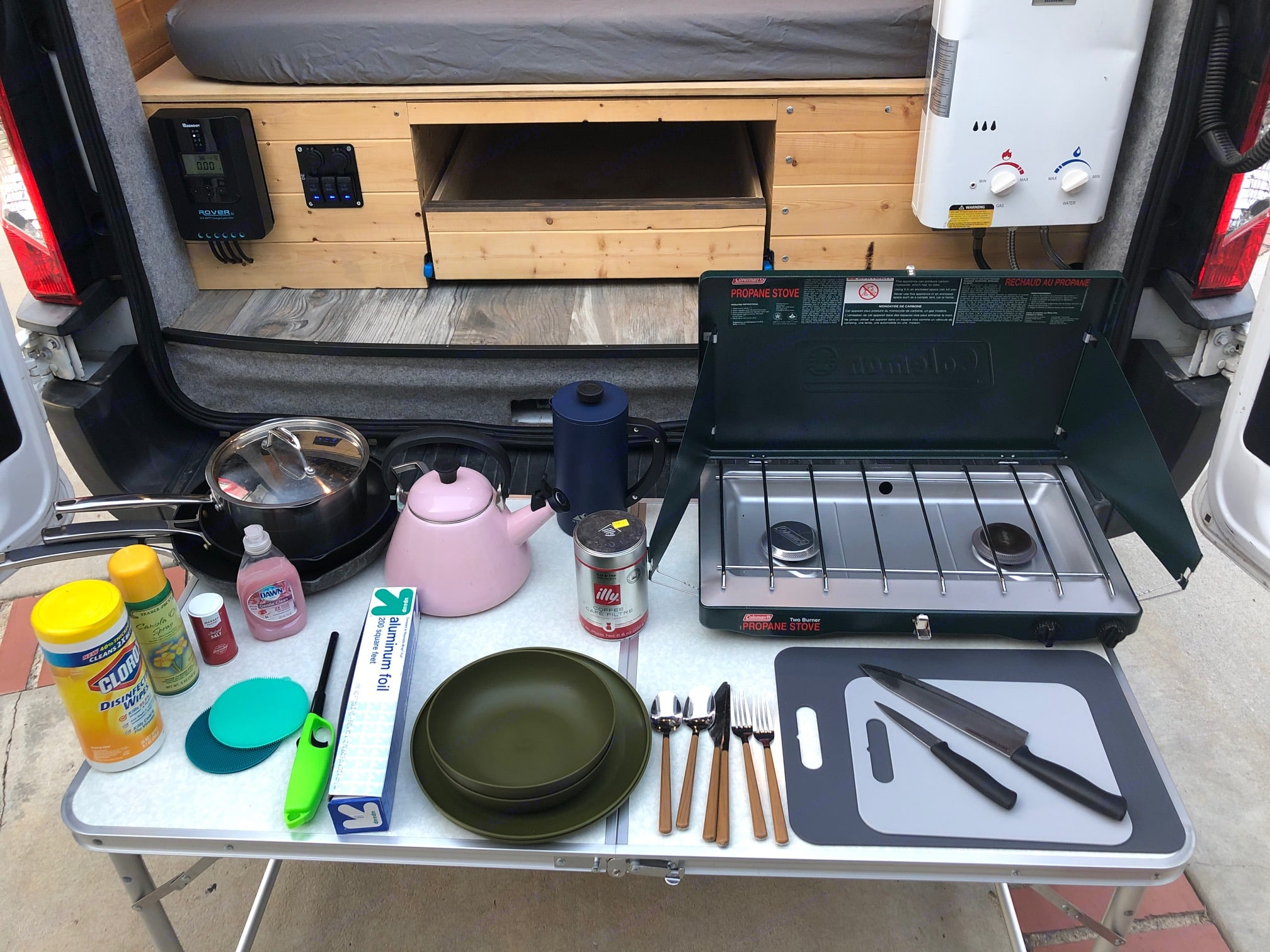 Call your cooking supplies. Ford Custom Transit 2016