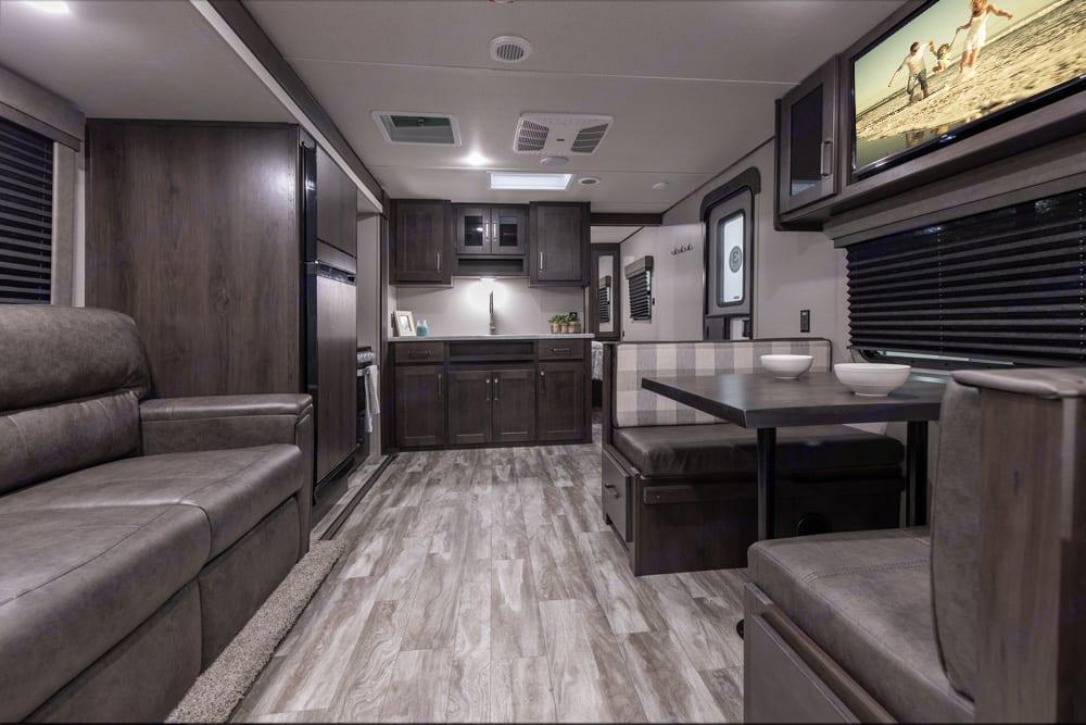 Room to relax!. Grand Design Transcend Xplor 261BH 2021
