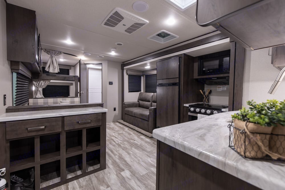 Plenty of room. Grand Design Transcend Xplor 261BH 2021