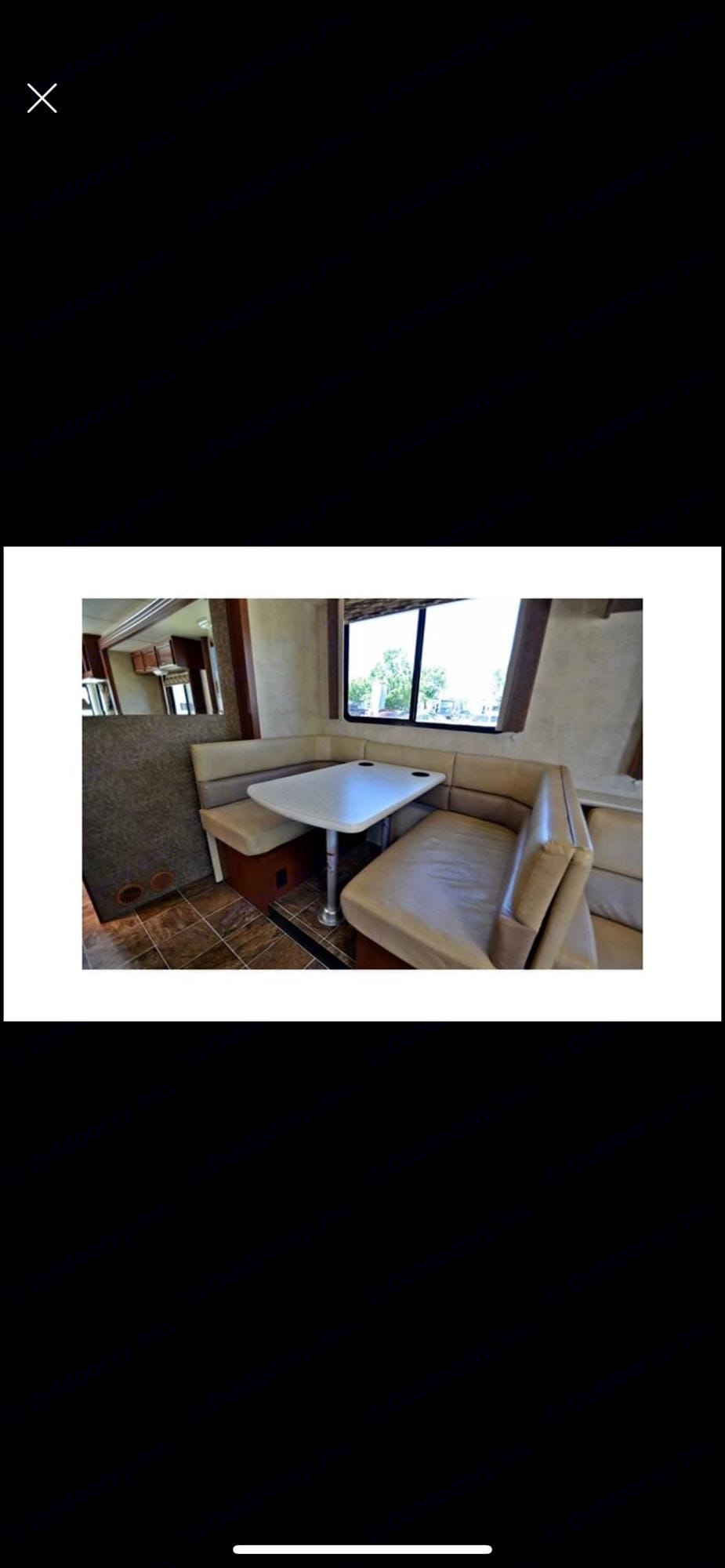 convertible dinette table. Thor Motor Coach A.C.E 2013