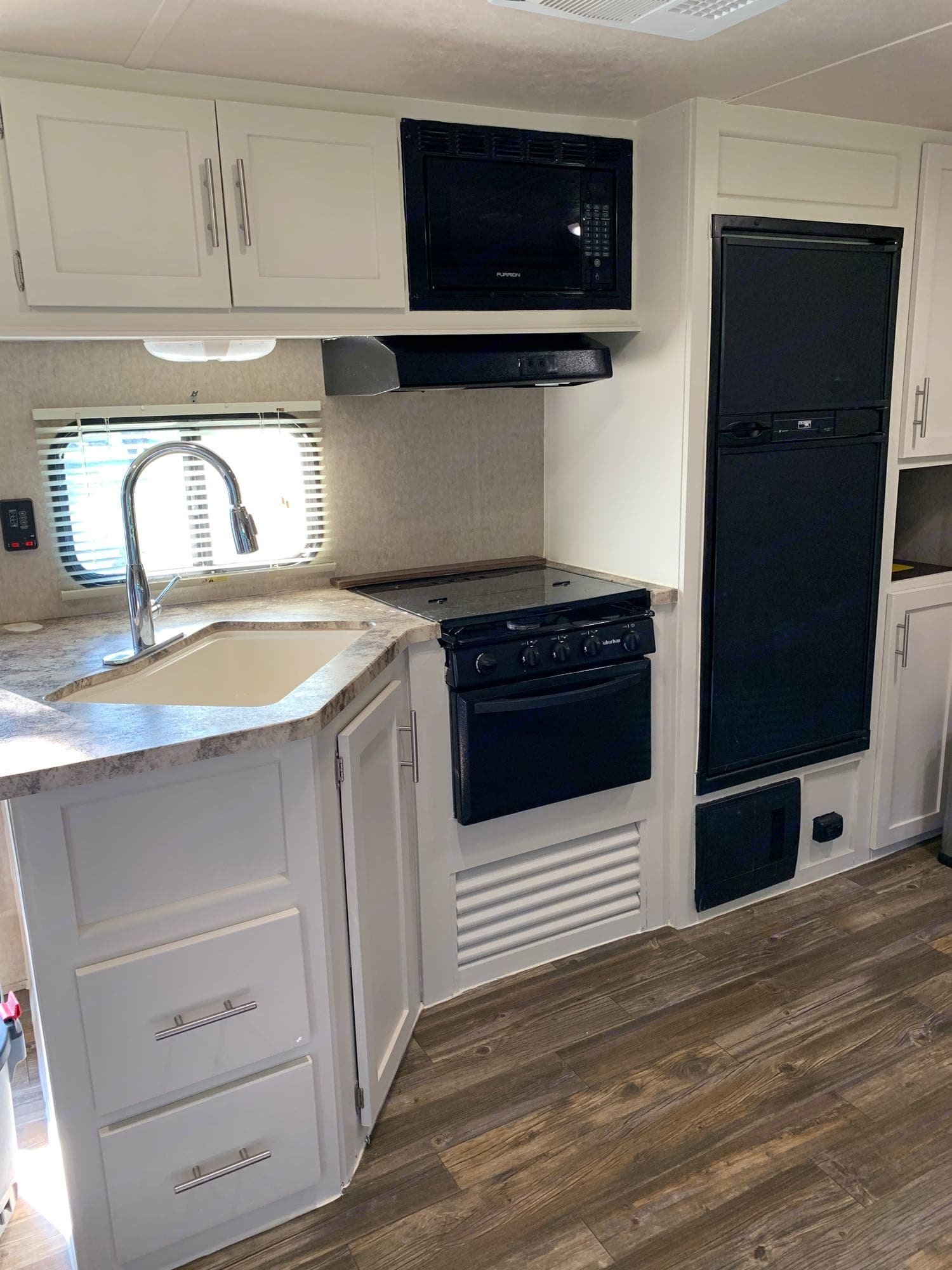 recently remodeled interior with a light and bright kitchen. Forest River Cherokee 2015