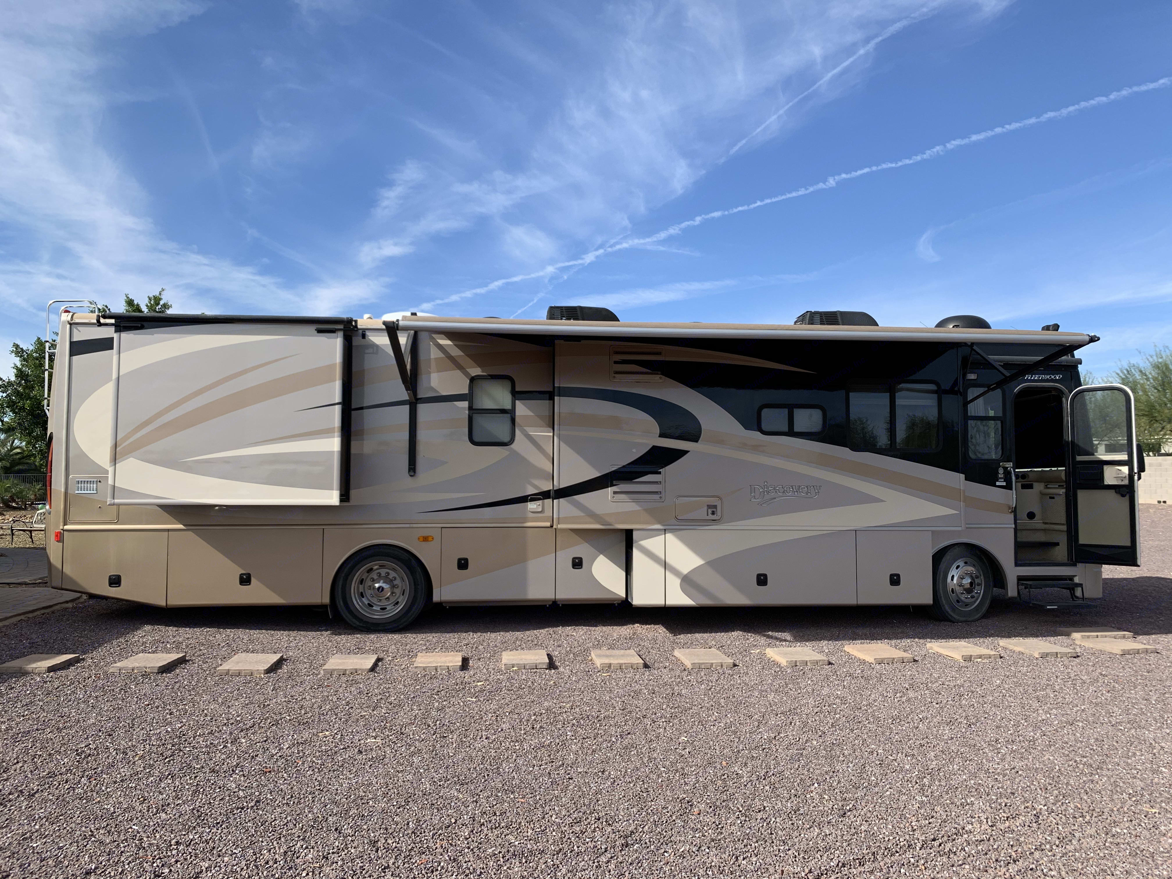 Fleetwood Discovery 39R 2008