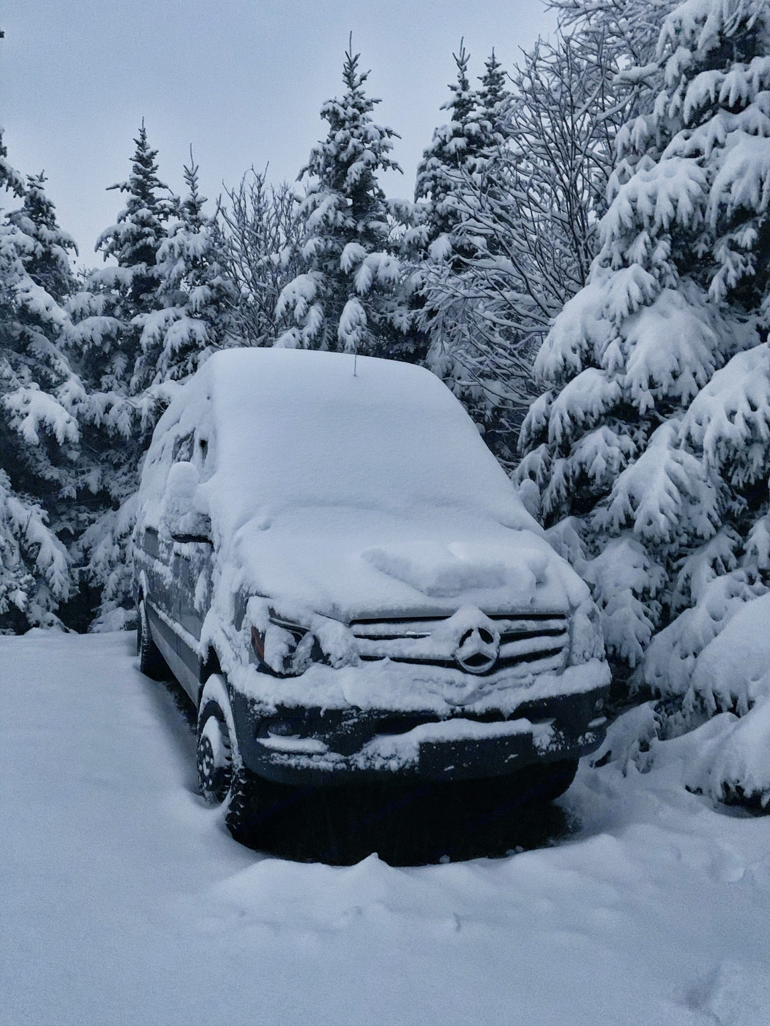 Snowy morning at the highest elevation trailhead in New England.. Mercedes SPRINTER 2018