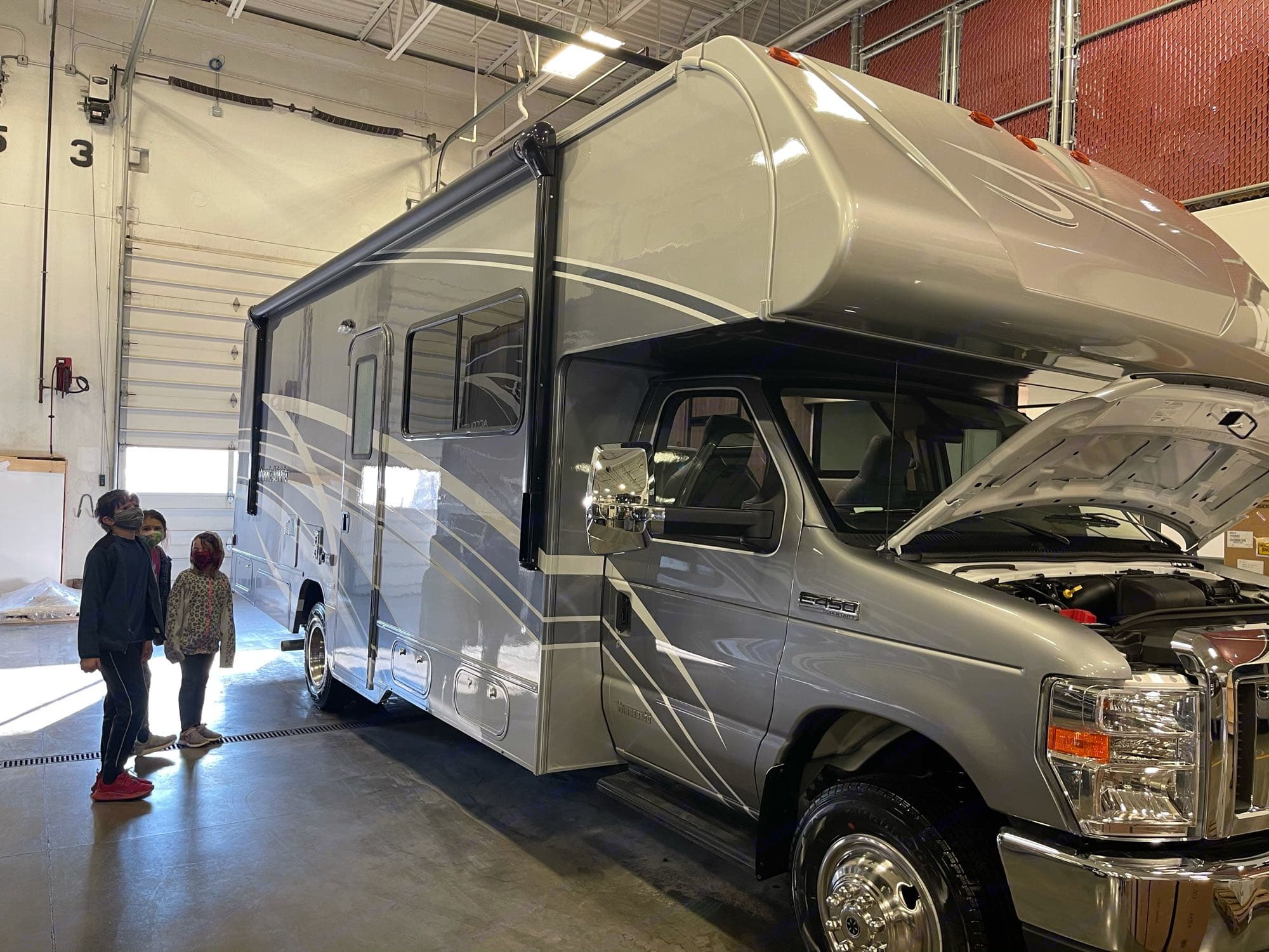 Fresh off the line - upgraded paint, automatic leveling jacks and everything!. Winnebago Minnie Winnie 26T (the new floor plan!) 2021