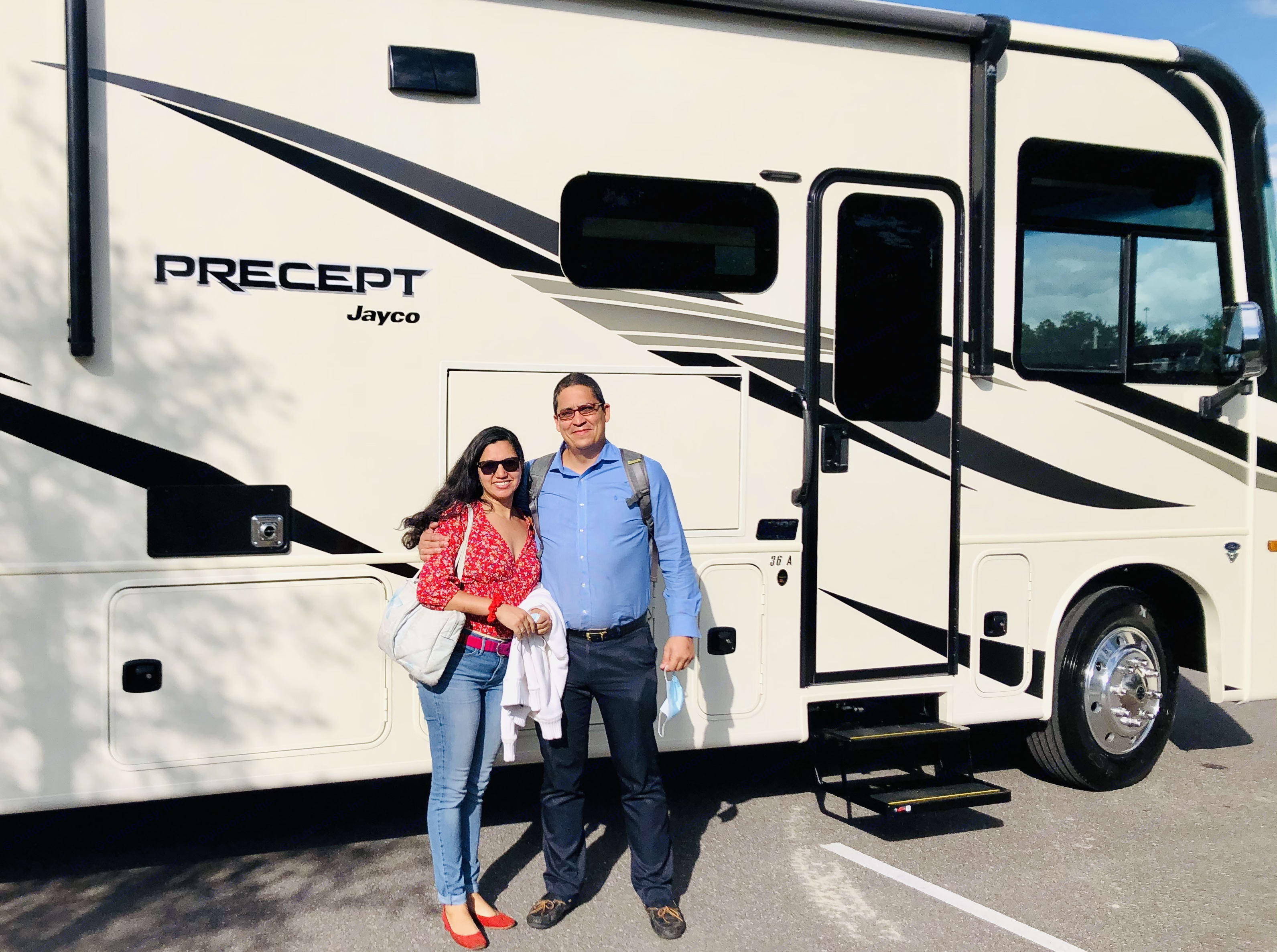 Owners Claudia and Sergio. Jayco Precept 2021