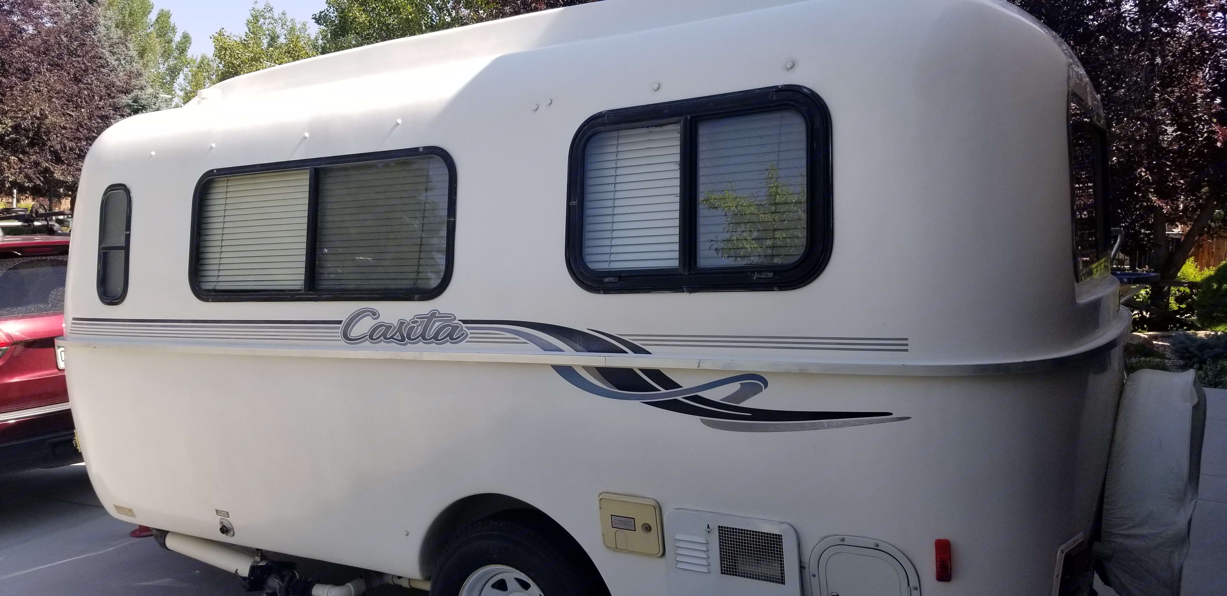 Lots of natural light and windows!. Casita 17' Spirit Deluxe 1999