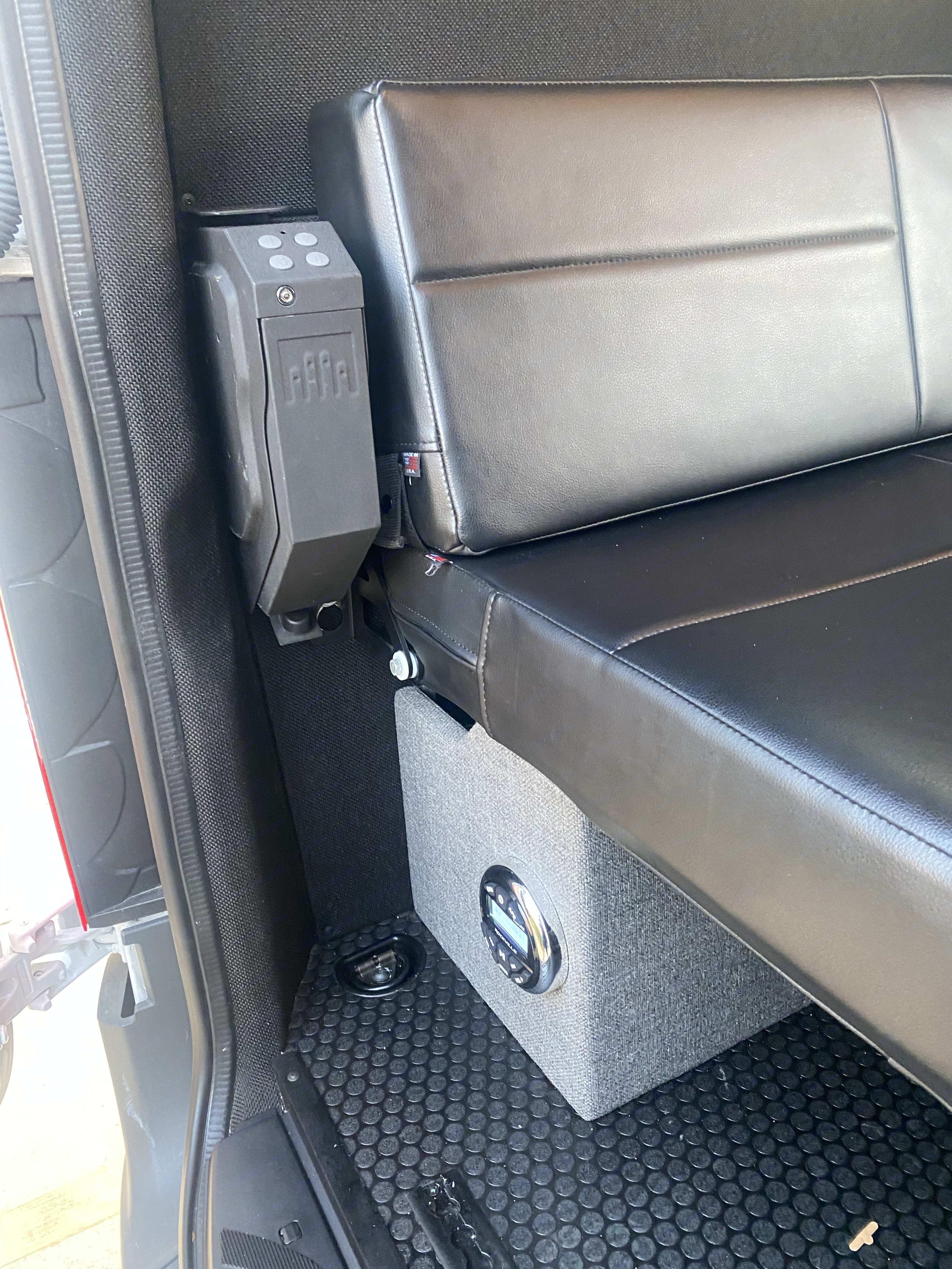 Gun Vault. Mercedes-Benz Sprinter 2019