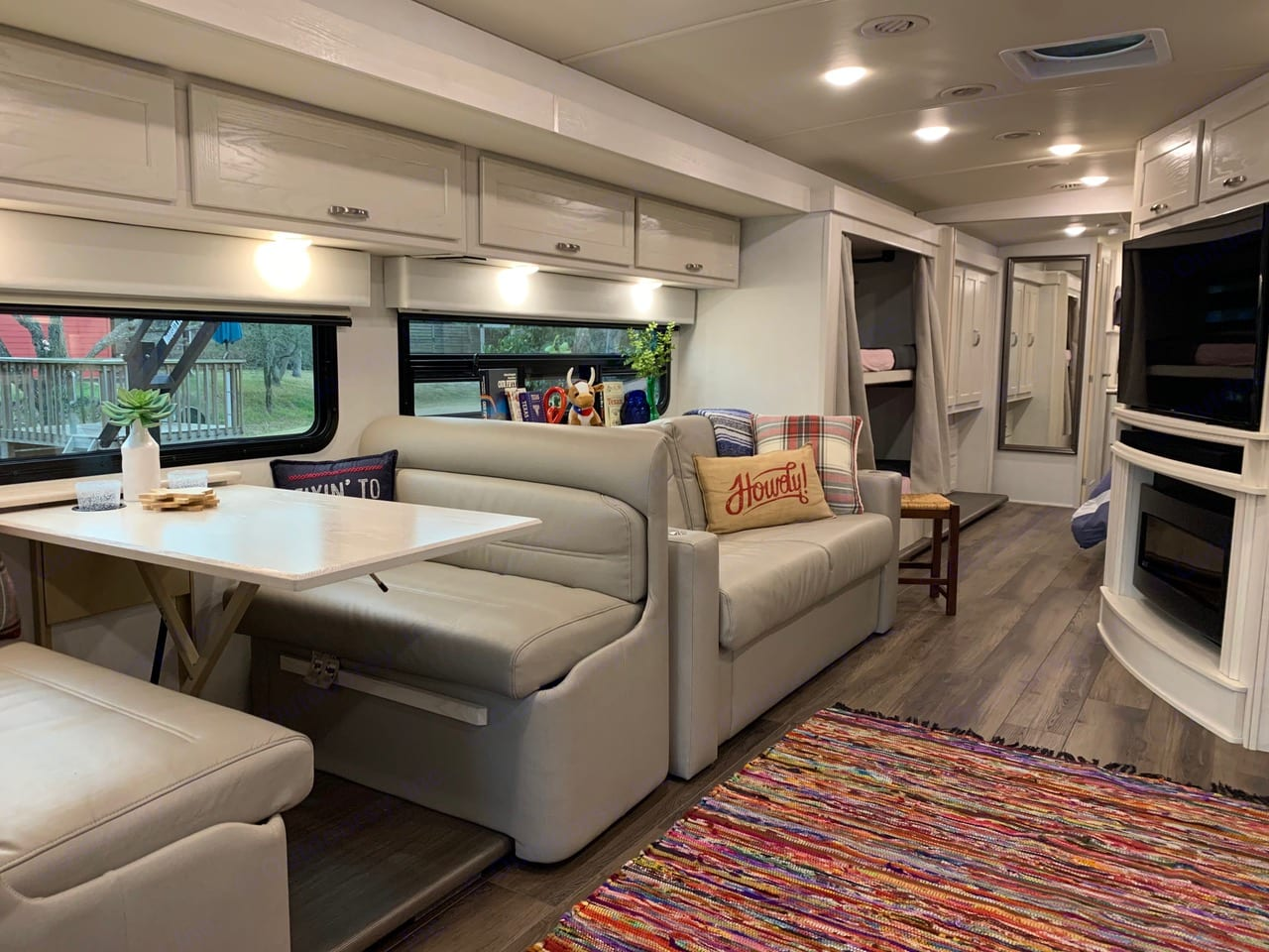 The dinette and the sofa are both large and comfortable.. Winnebago Forza 2020