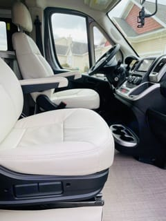 Thor Motor Coach Tellaro 20LT 2021