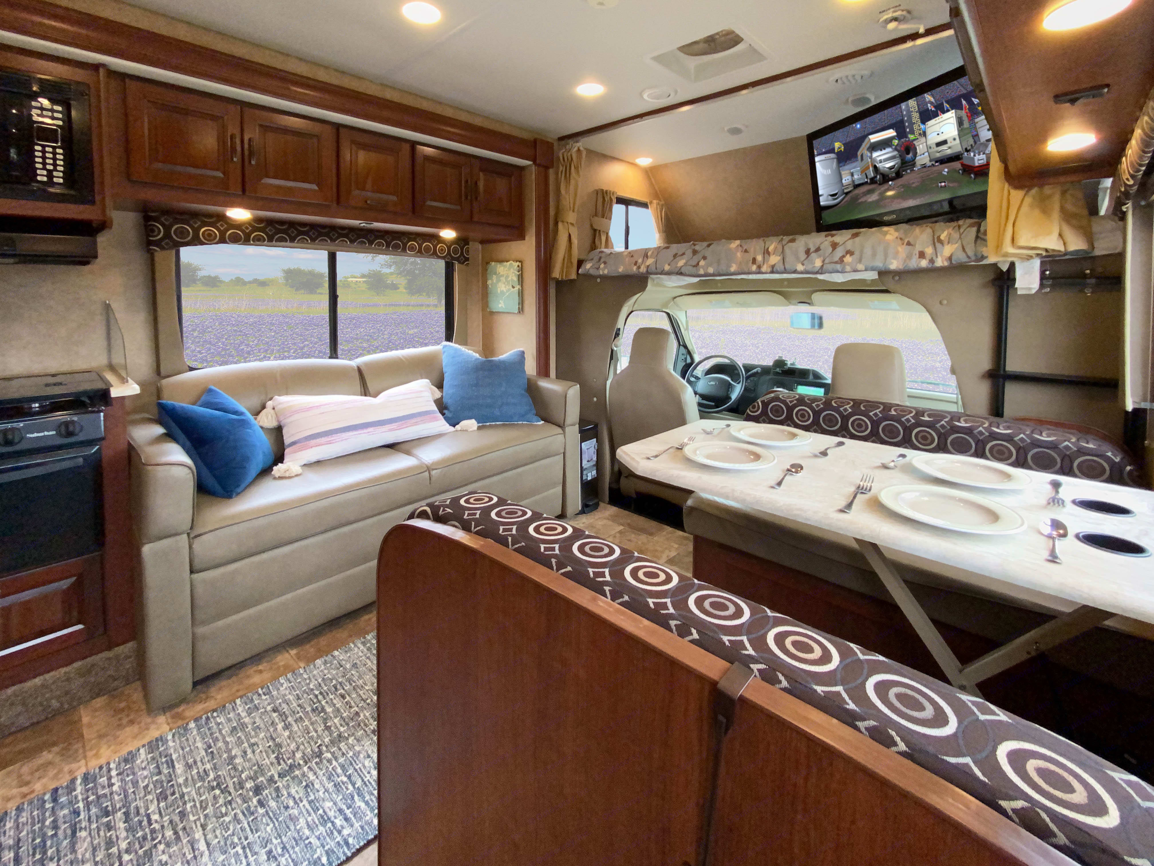 Living area with HDTV with Roku. Forest River Forester 2015