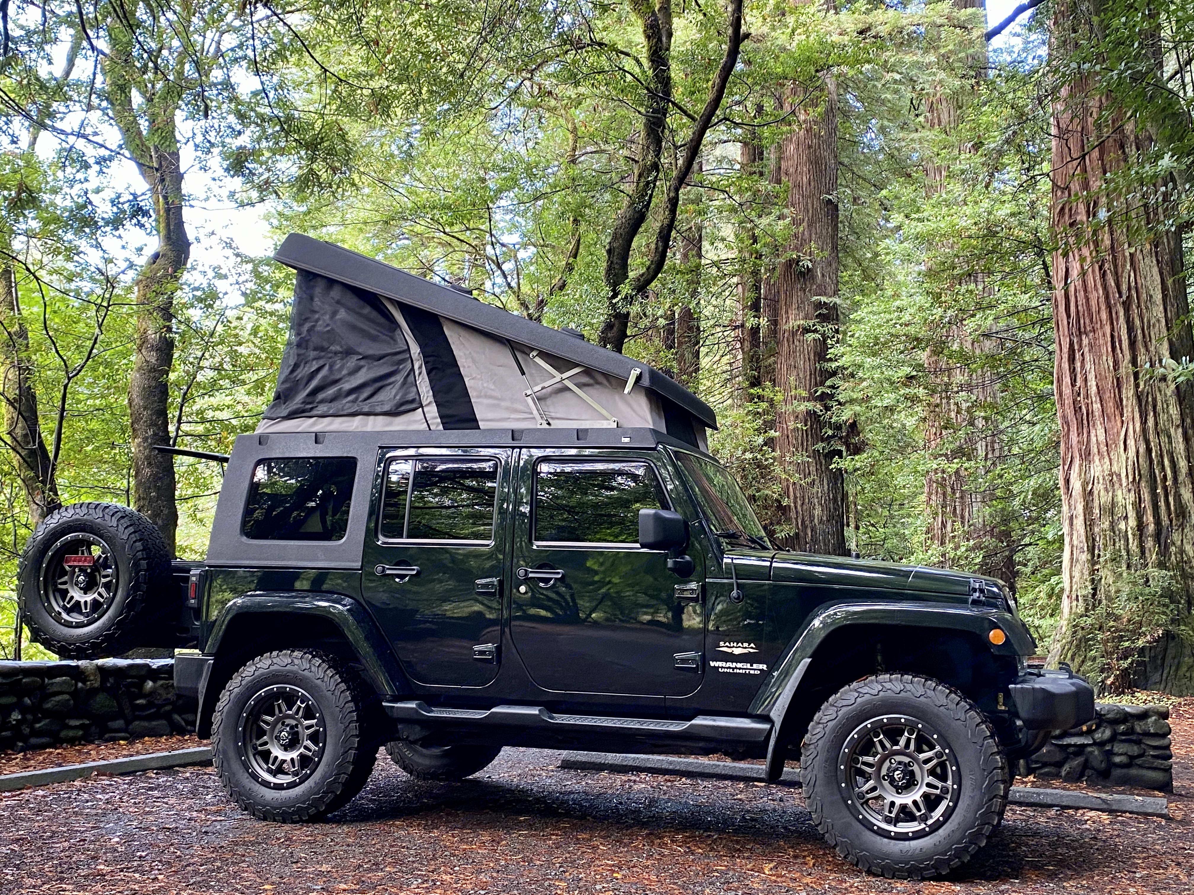 Jeep Wrangler Sahara Unlimited 2012