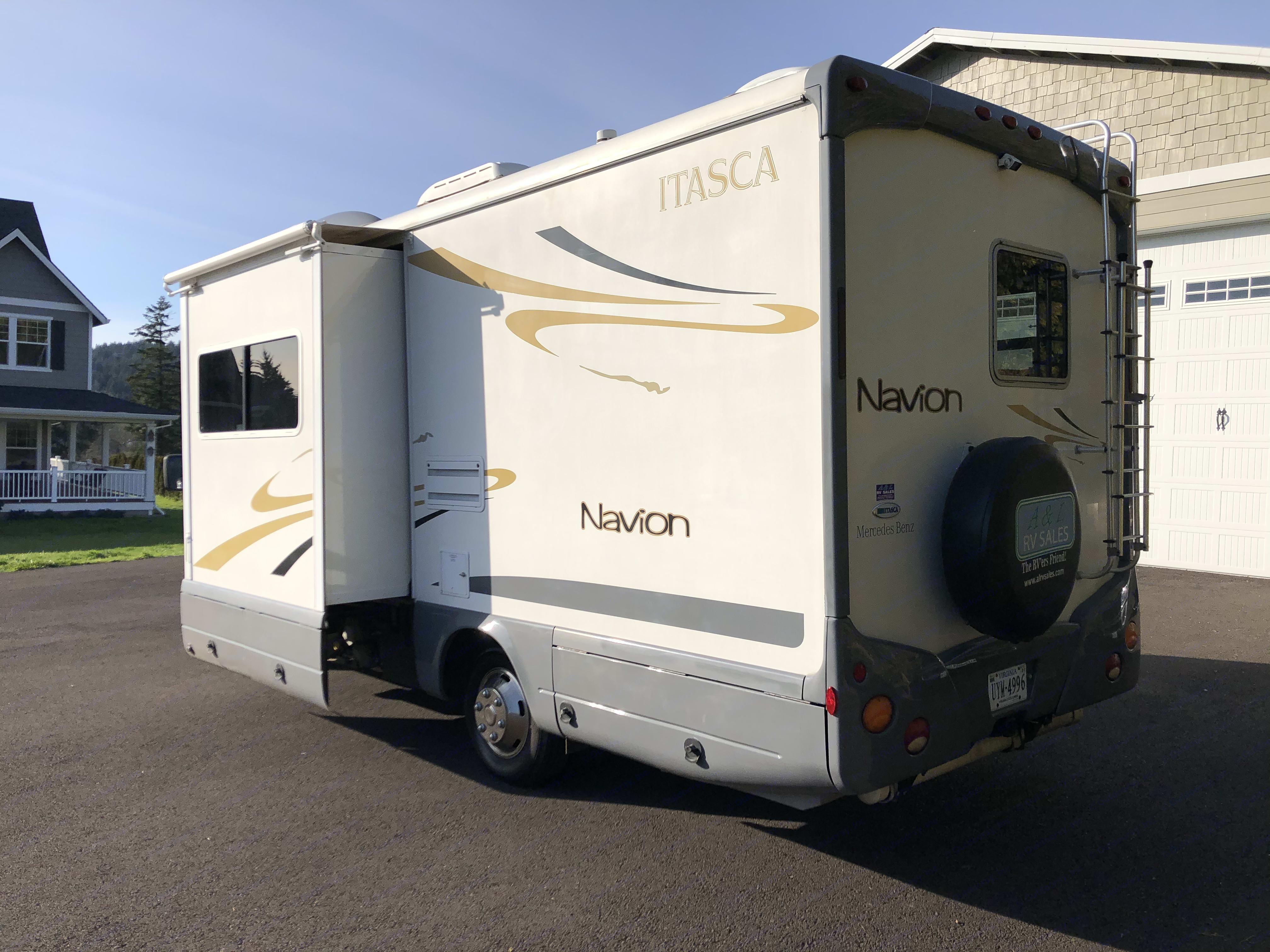 Itasca Navion 2007