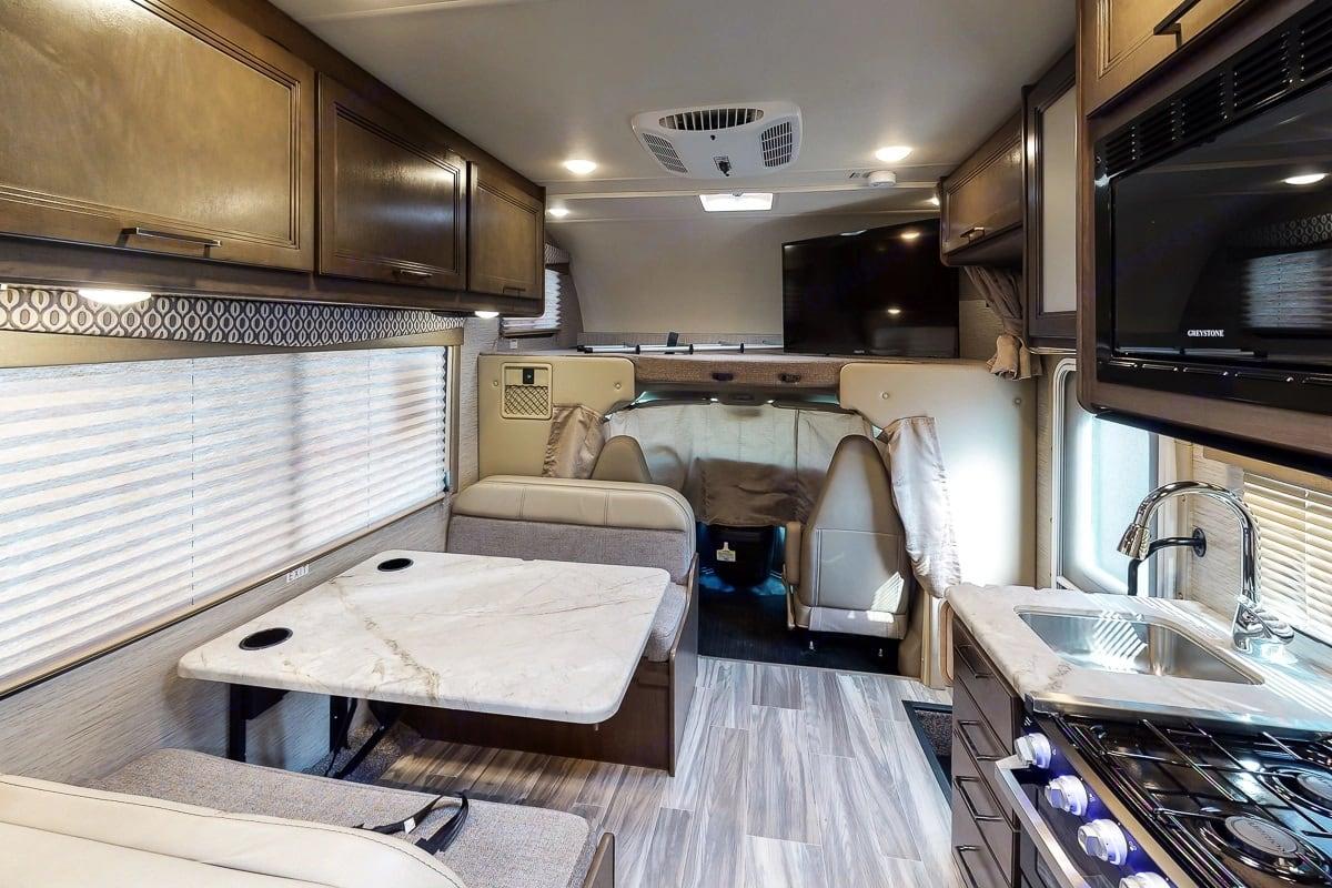 Main Cabin. Thor Motor Coach Freedom Elite 2021
