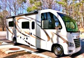 At 25ft this RV brings luxury Class A styling in a small package that will easily fit anywhere including state and national parks.. Thor Motor Coach Axis 2018
