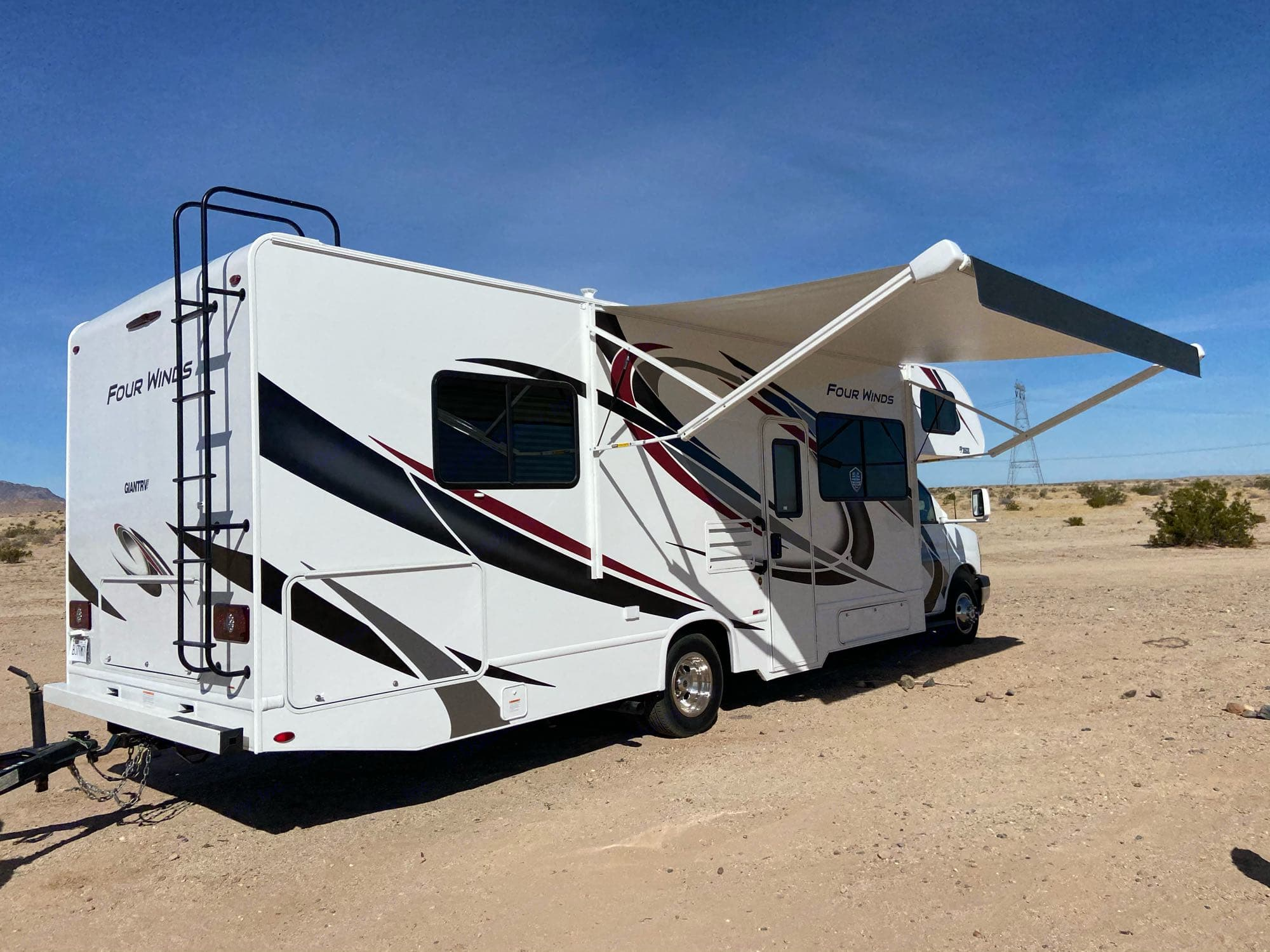 Electric Awning with LED Light. Thor Motor Coach Four Winds 2021