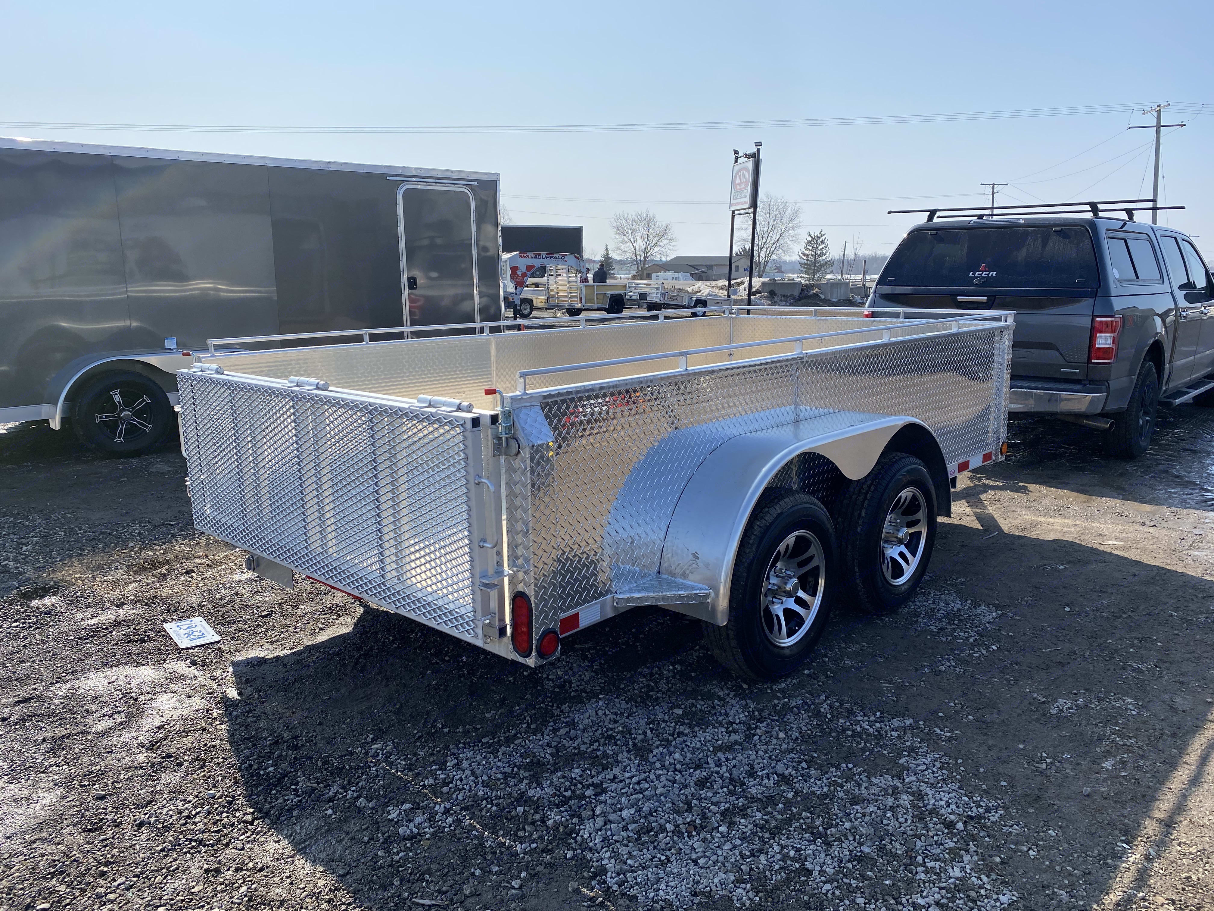 For personal use. 6x12 utility trailer. Aluminum Utility 6' x 12' 2021