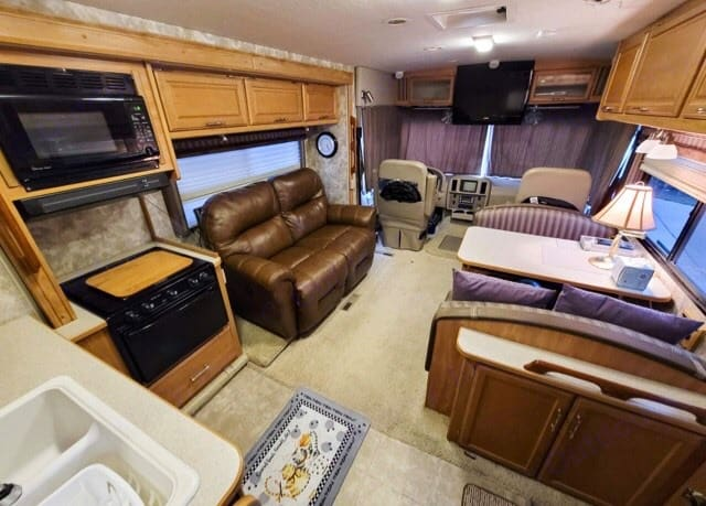 Winnebago Sightseer 2006