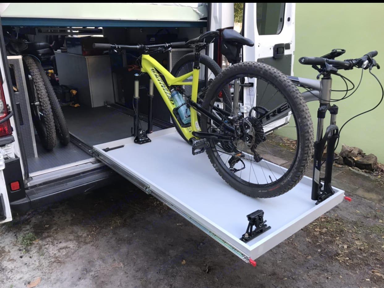 3 Bikes. Dodge Ram 2500 2019