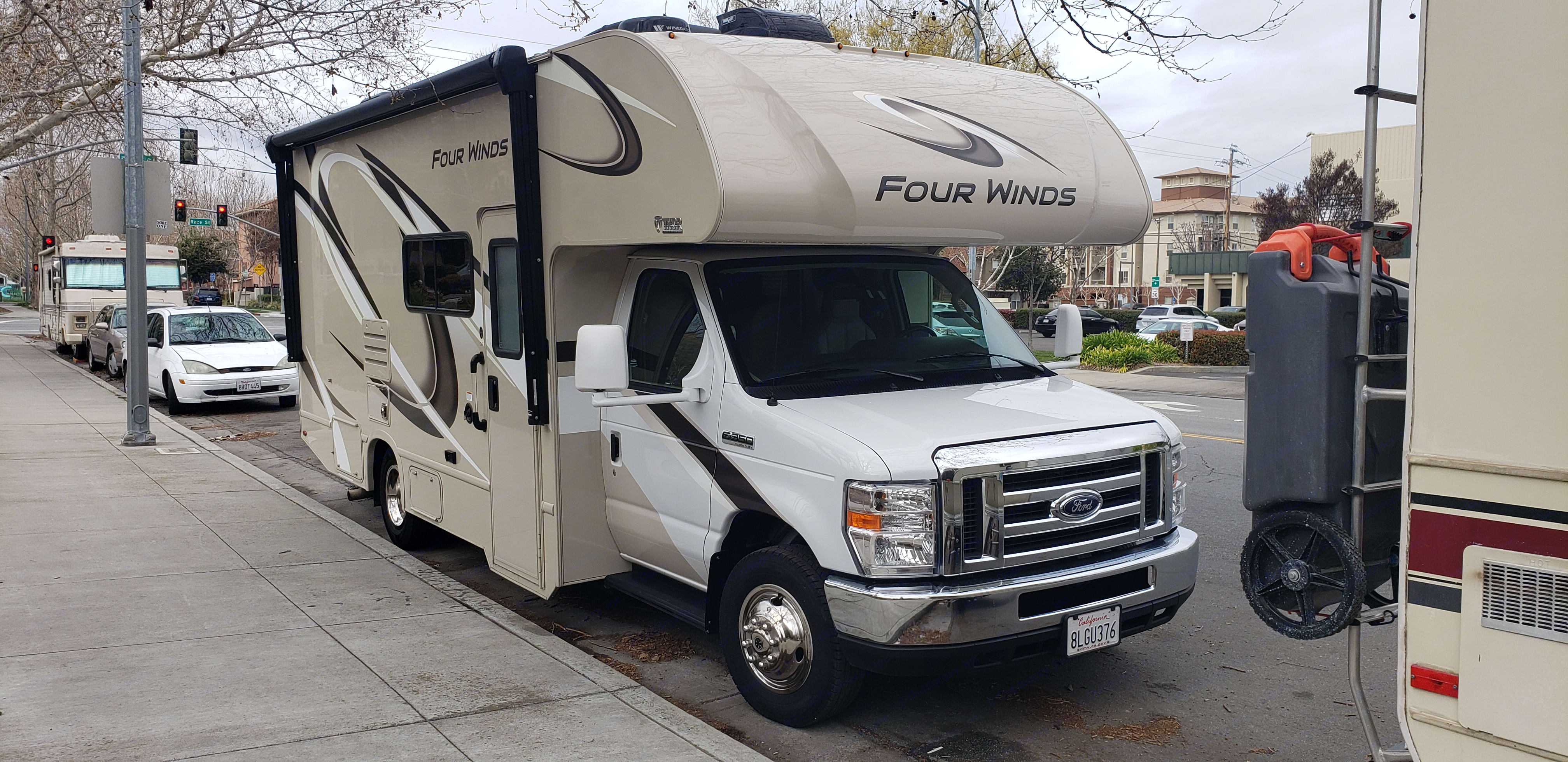 Ford Thor Motor Coach Four Winds 2020