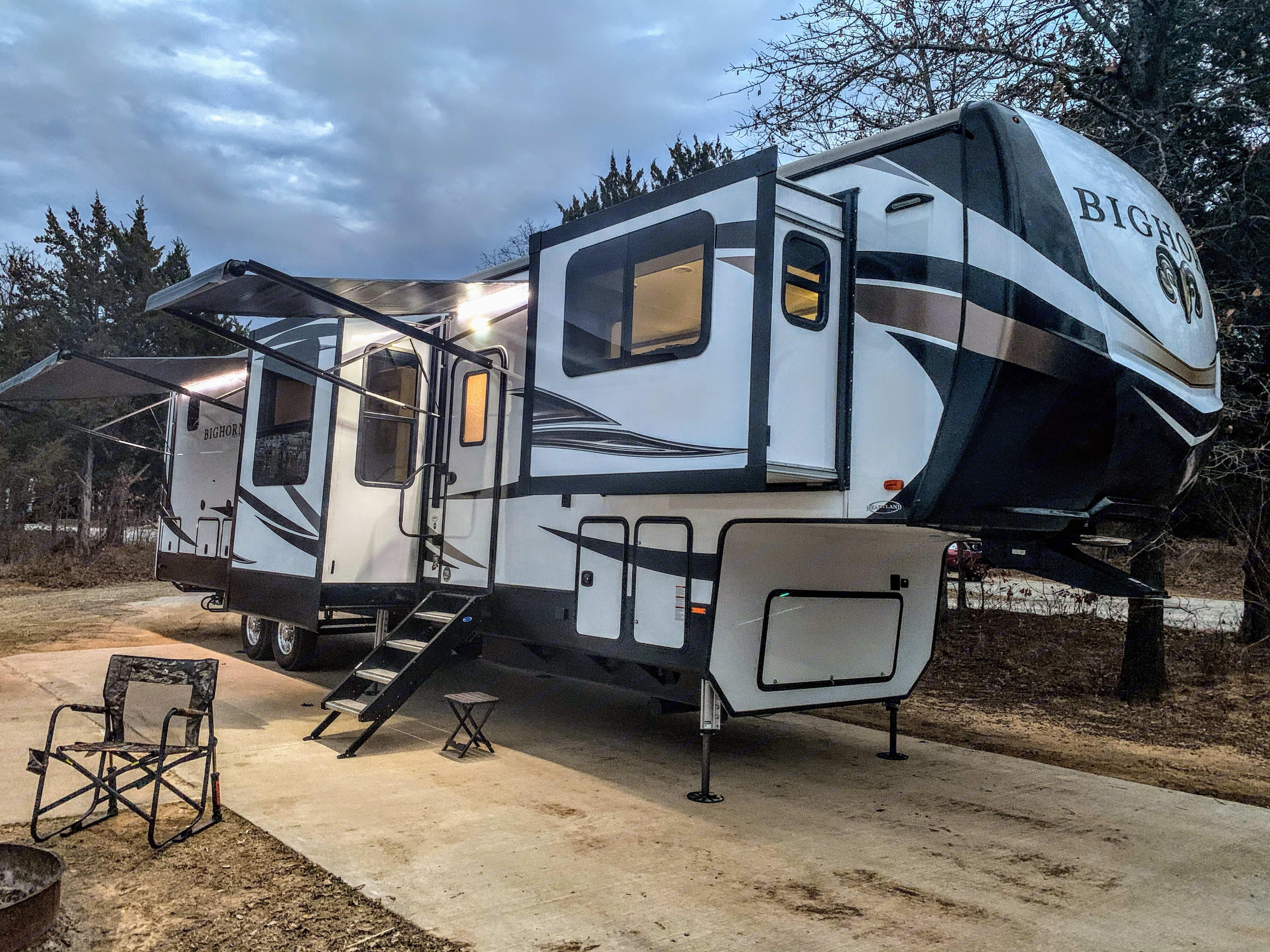 Heartland Bighorn 2020