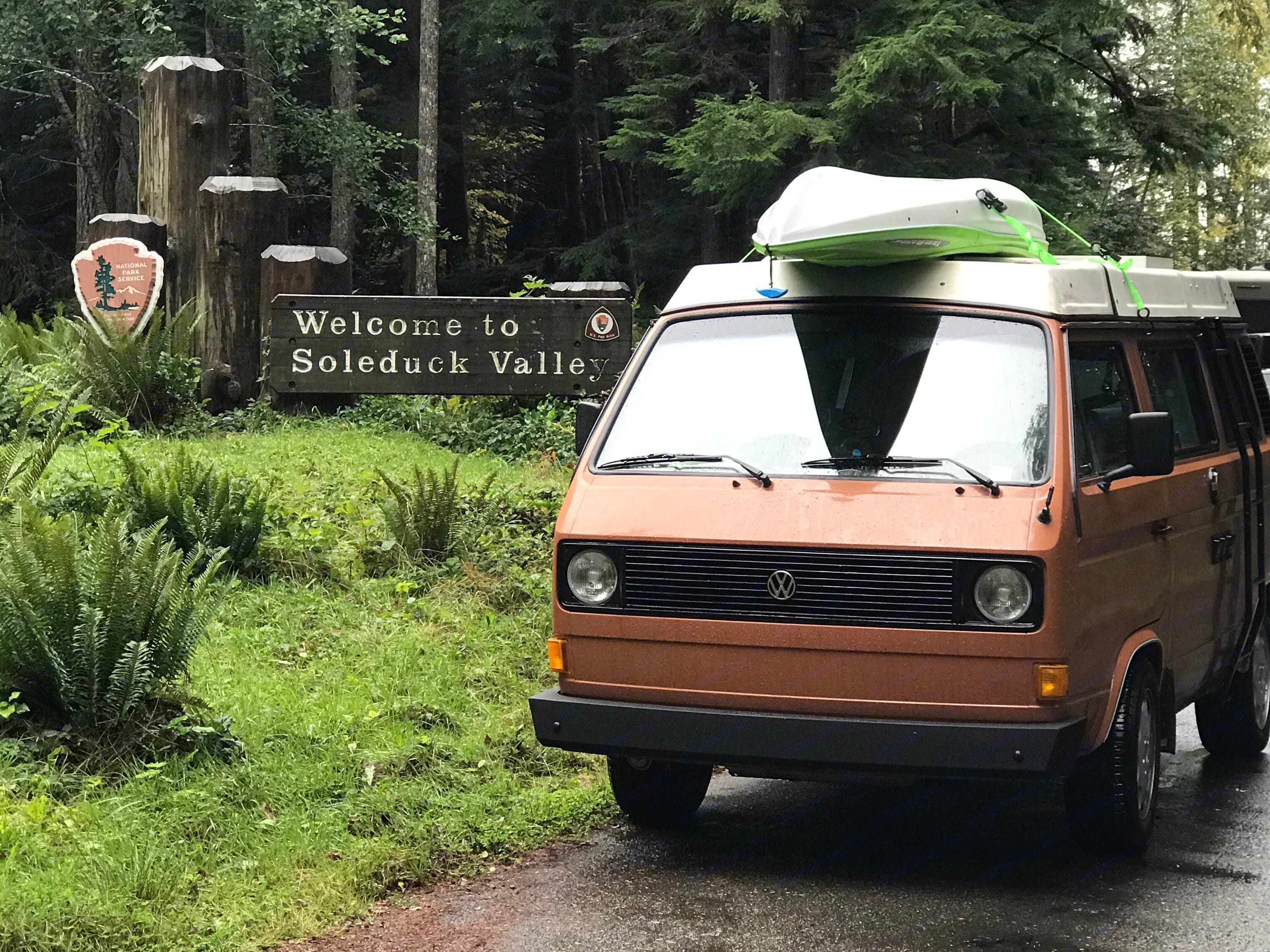 Dundee can take you on your next hiking, kayaking or fishing trip! . Volkswagen Westfalia 1982