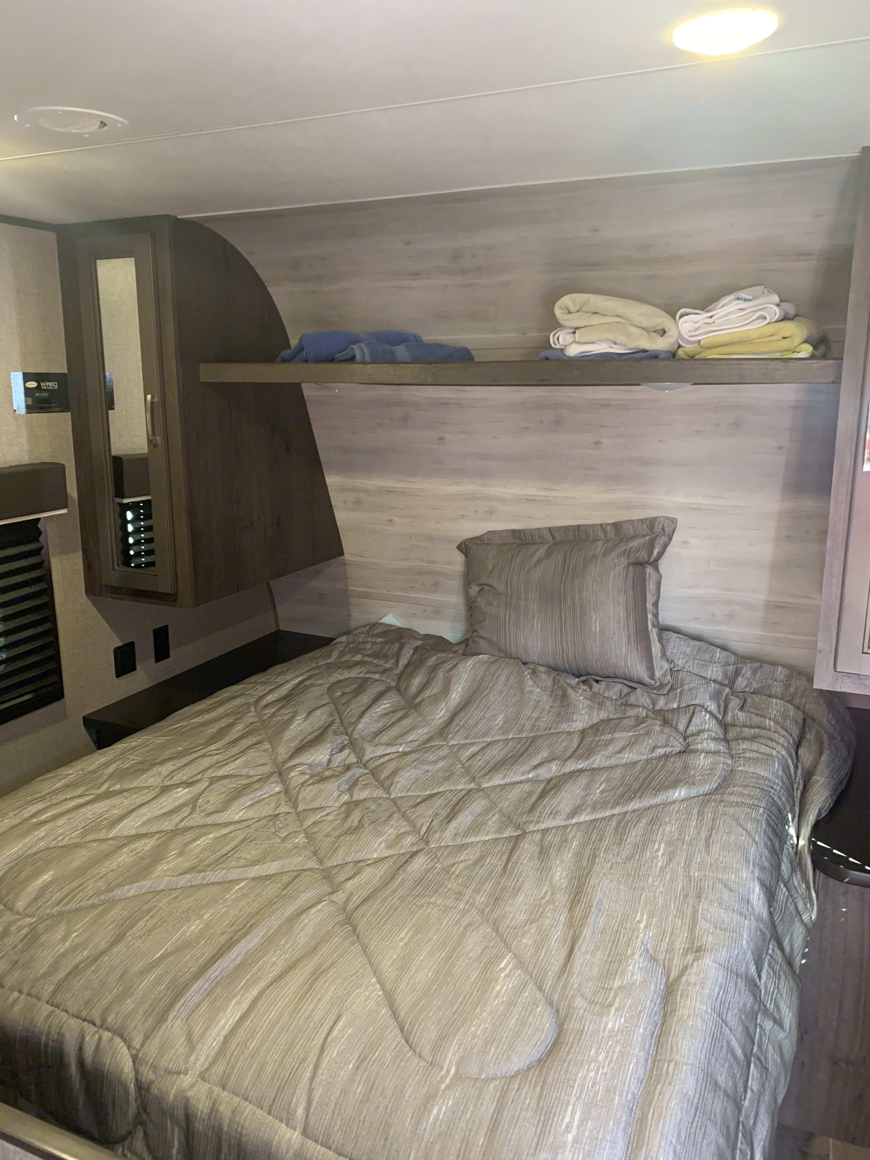 Camper queen in front bedroom.  . Jayco Jay Flight 2020