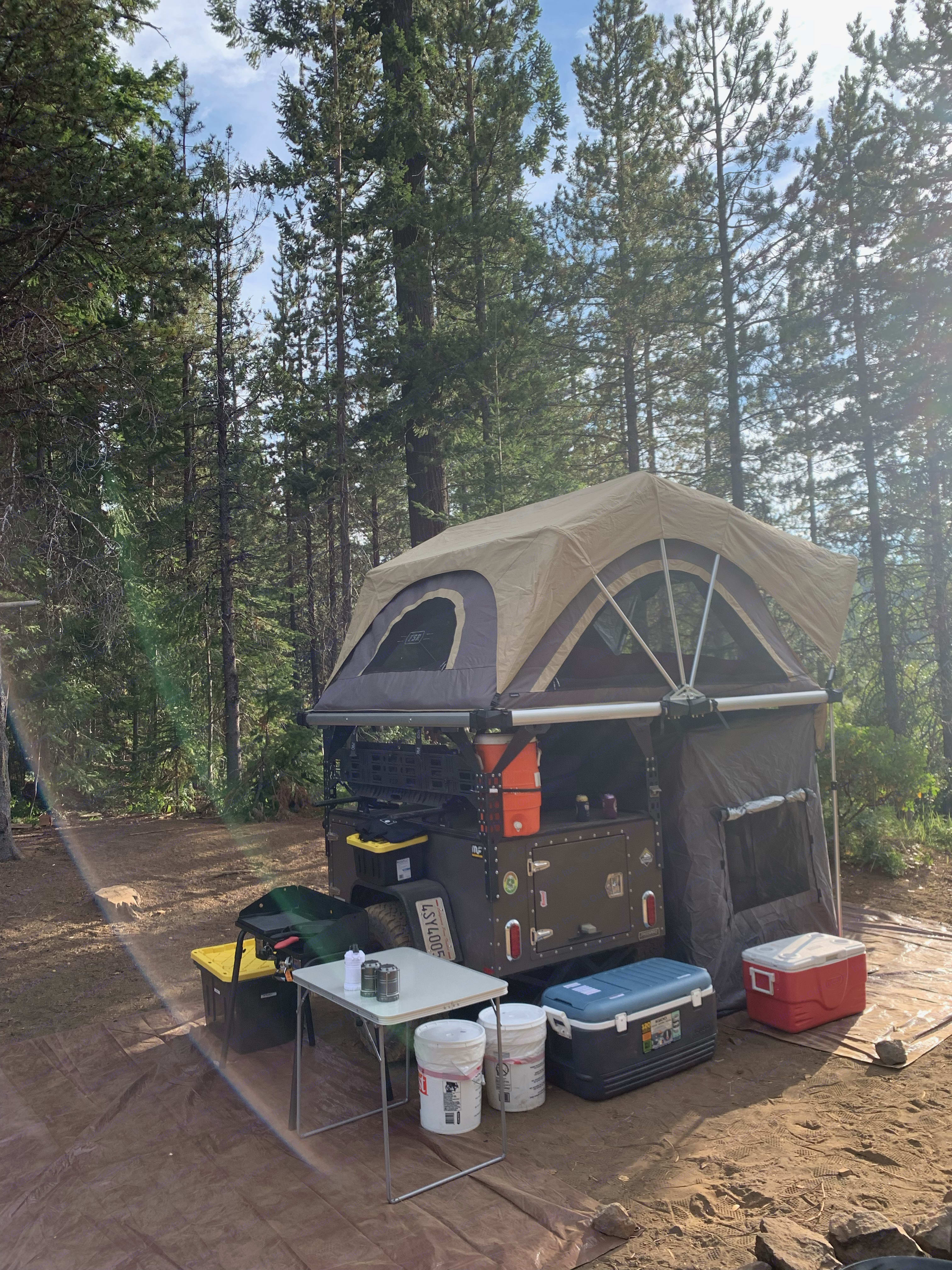 Includes annex underneath for storage or additional sleeping area.. Free Spirit High Country 80 in 2019