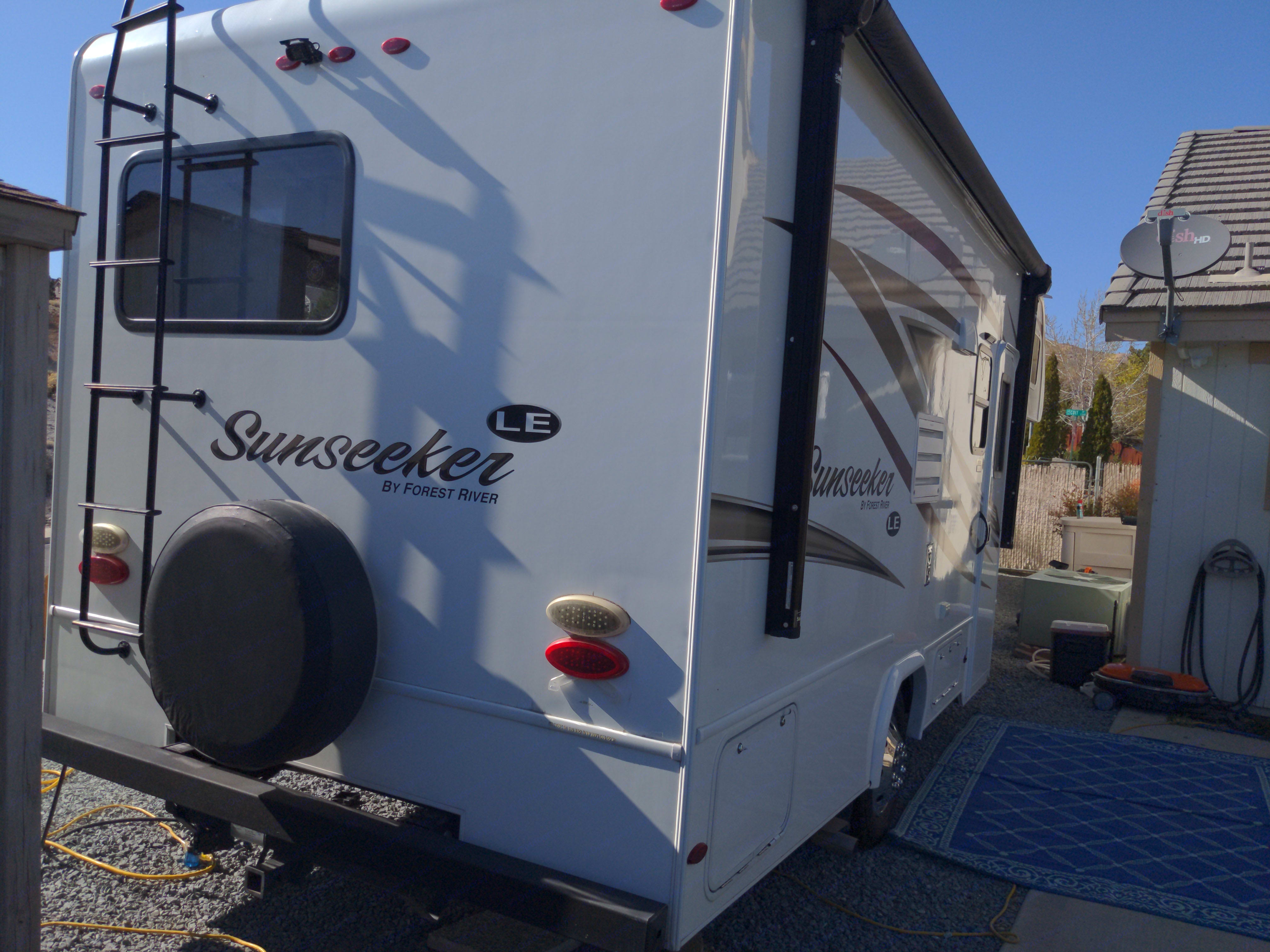 Forest River Sunseeker 2018