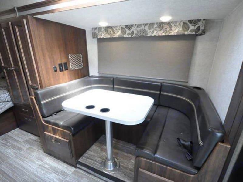 Dining Room. Mercedes-Benz sunseeker 2019