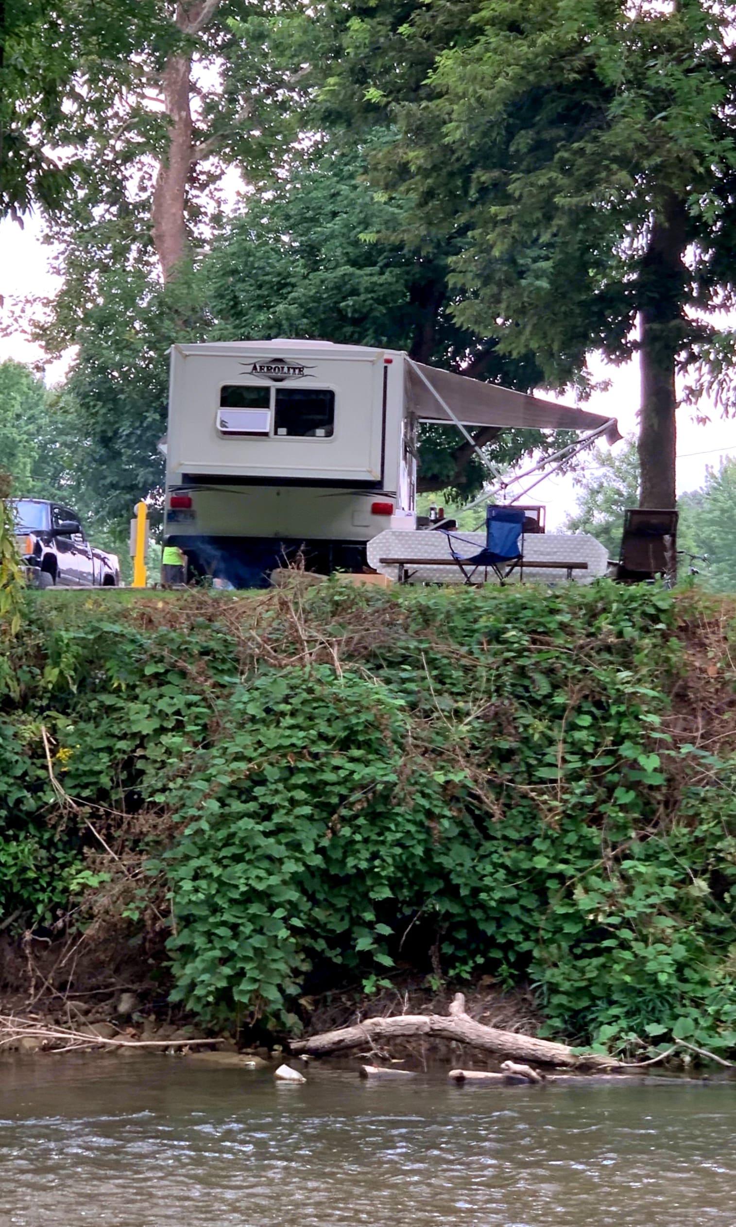 Dutchmen Aerolite 2006